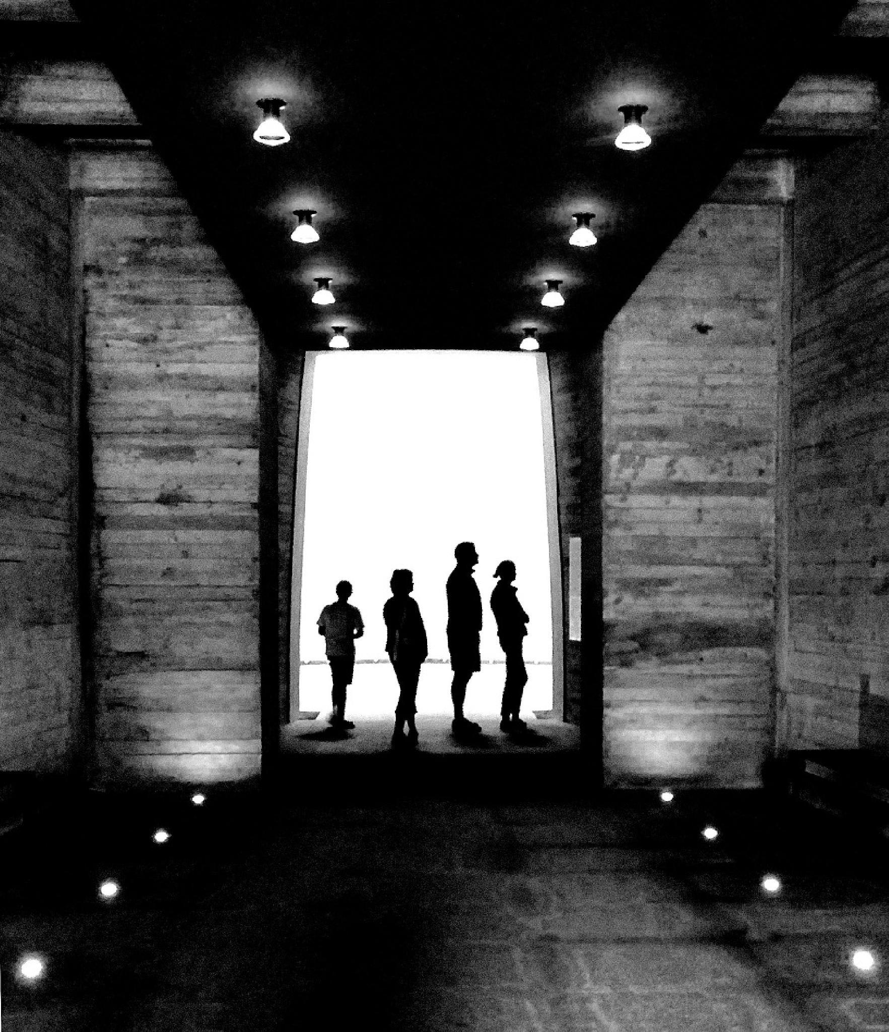 -silhouettes/IIII- by rytis.vilnietis