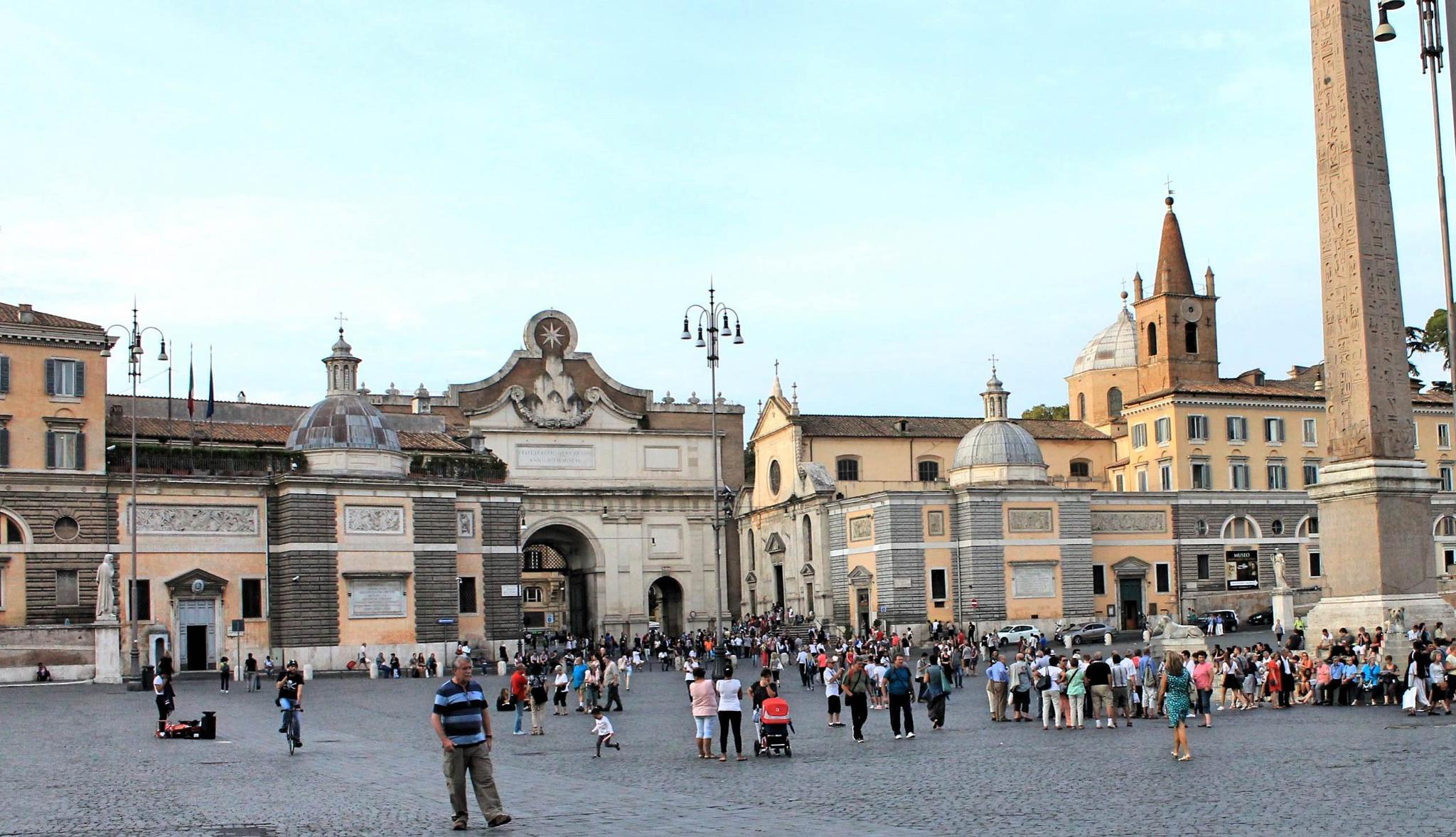 Piazza del Popolo a Roma by Salvatore Bertolino