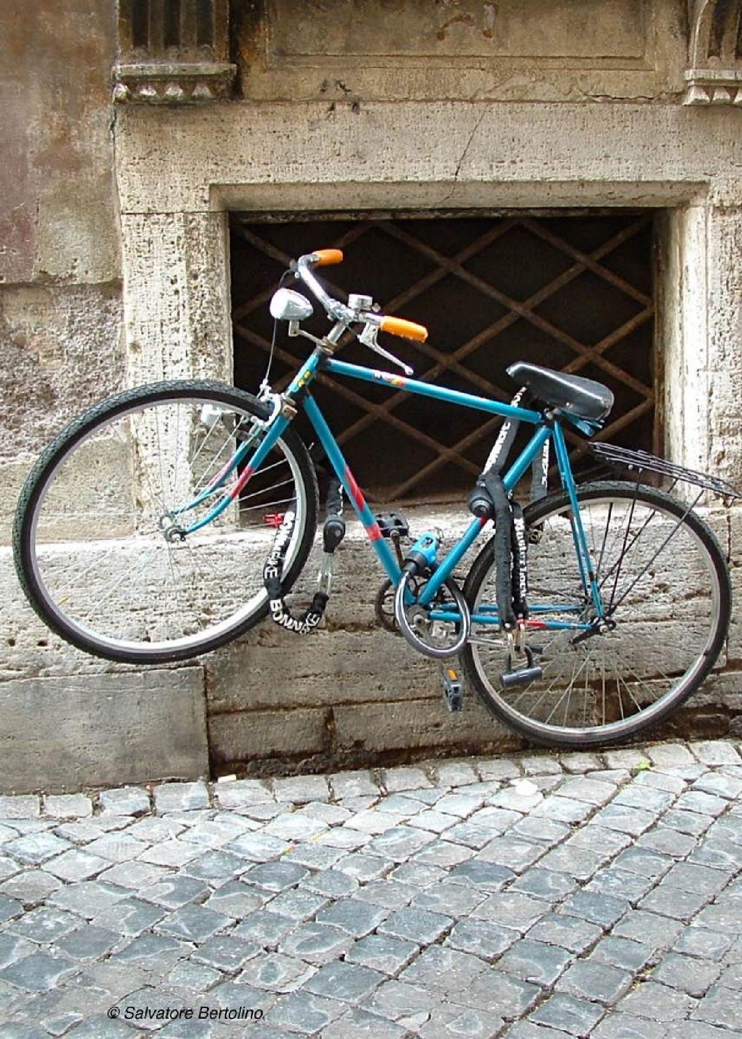 La bici  by Salvatore Bertolino