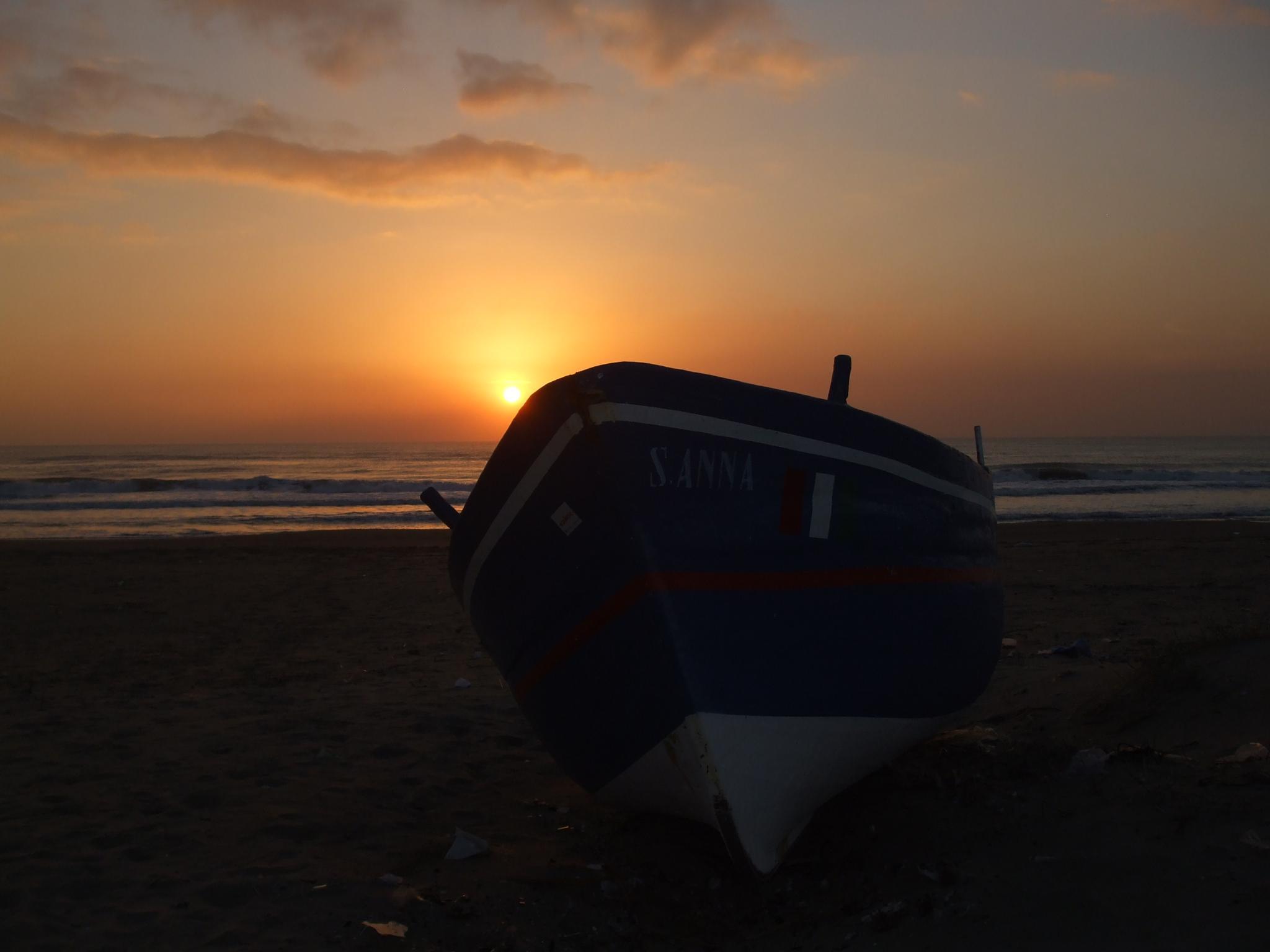 Al tramonto by Salvatore Bertolino