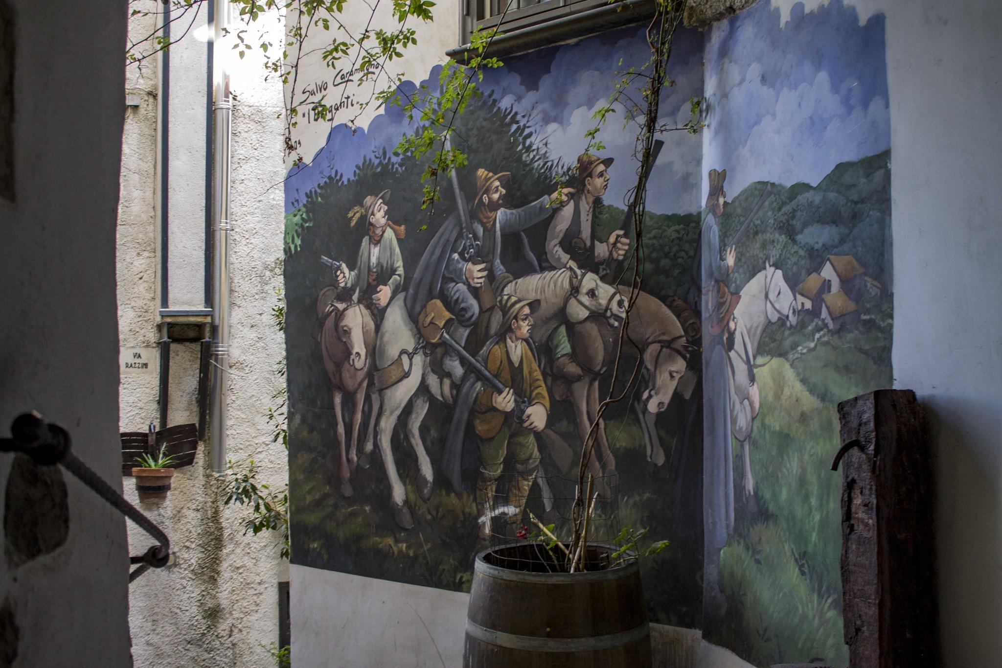 Murales a Valogno by Salvatore Bertolino