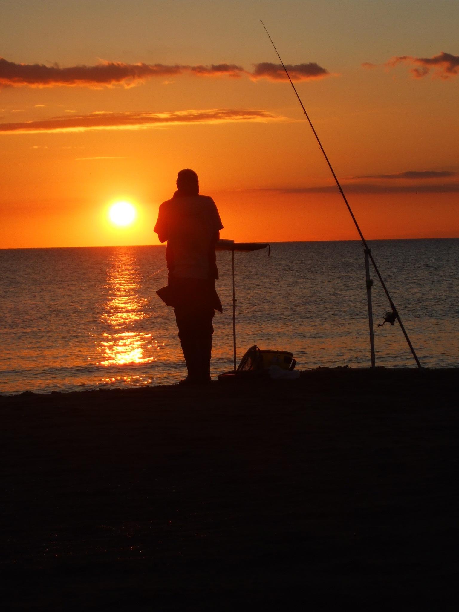 Pescatore by Salvatore Bertolino