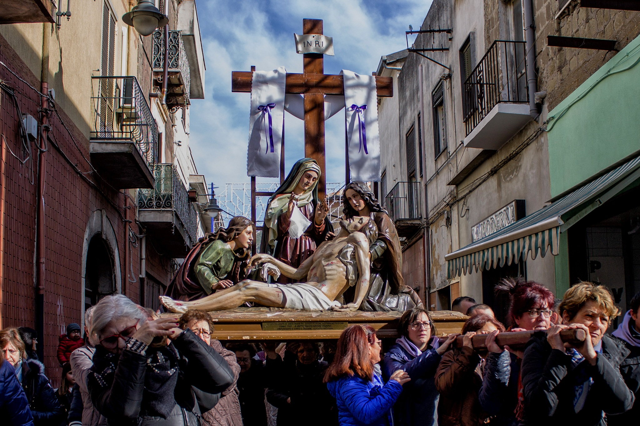 Venerdì santo... by Salvatore Bertolino