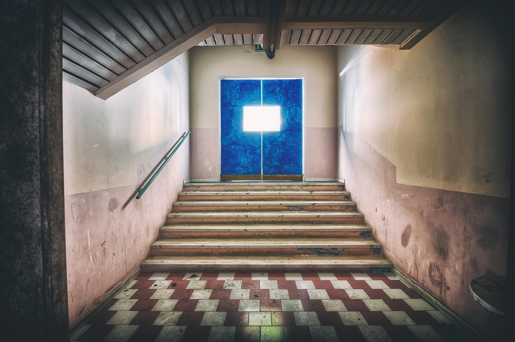 pipì. lost bathroom entrance in an abandoned disco  by leleraff77