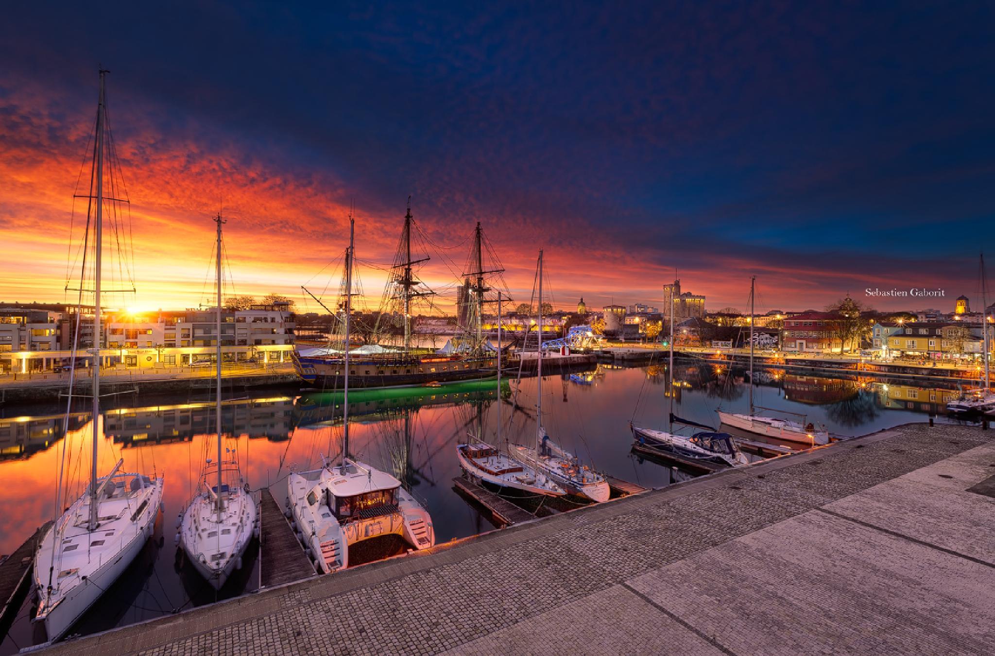 Sunset in la Rochelle by Sebastien Gaborit