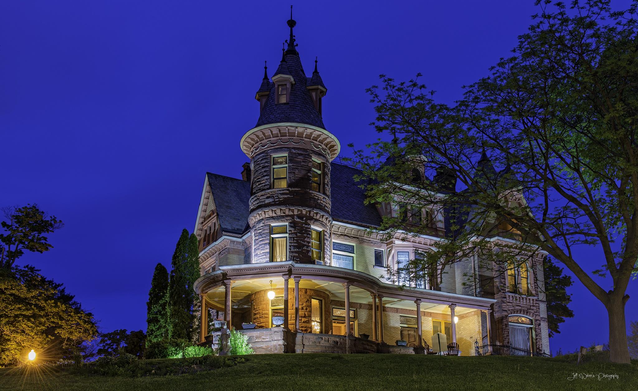 Henderson Castle by JeffWeber