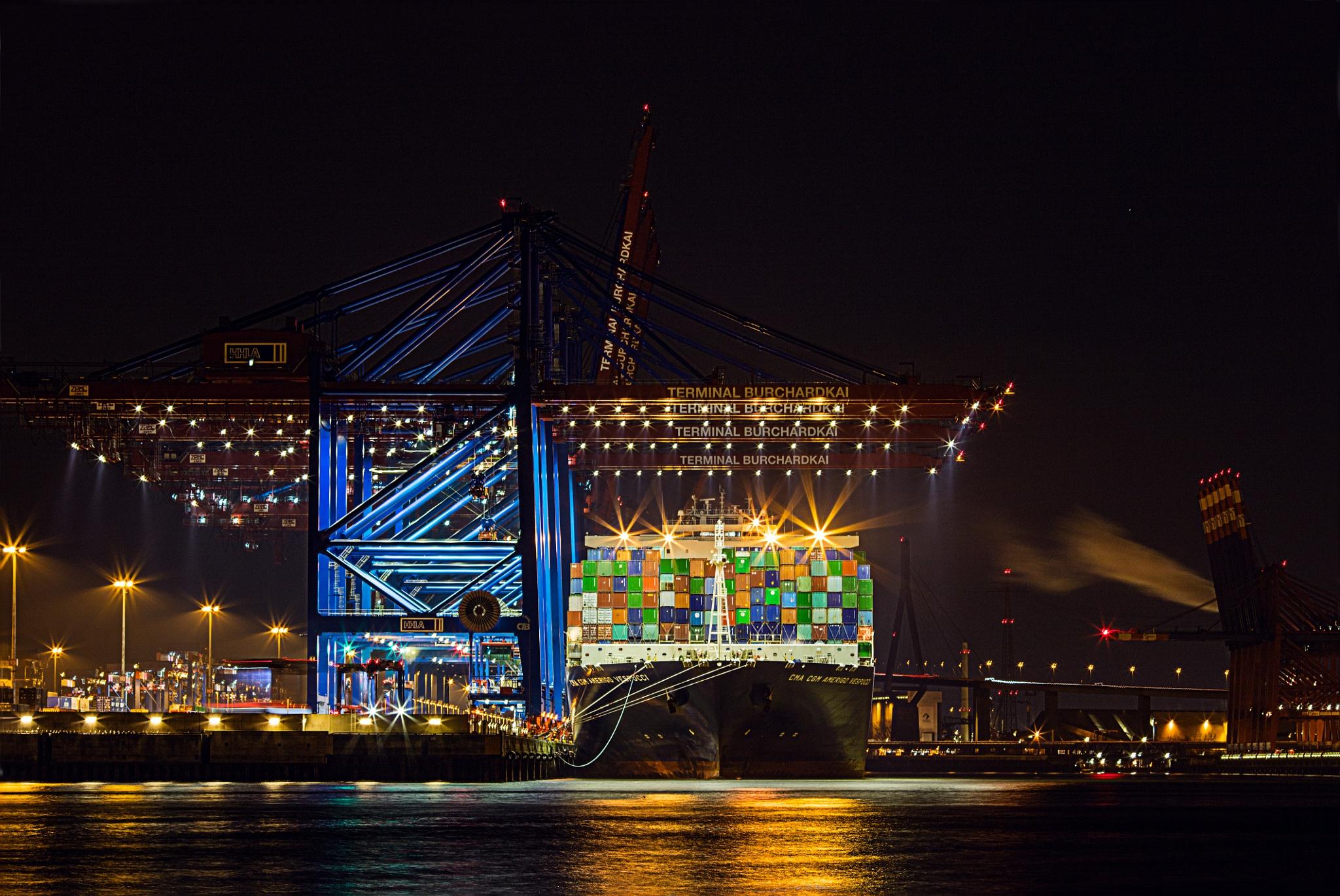 Containerterminal by berndwilleke