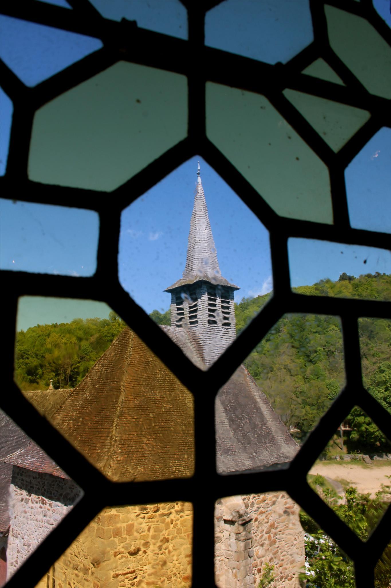 la chapelle by tanka nat