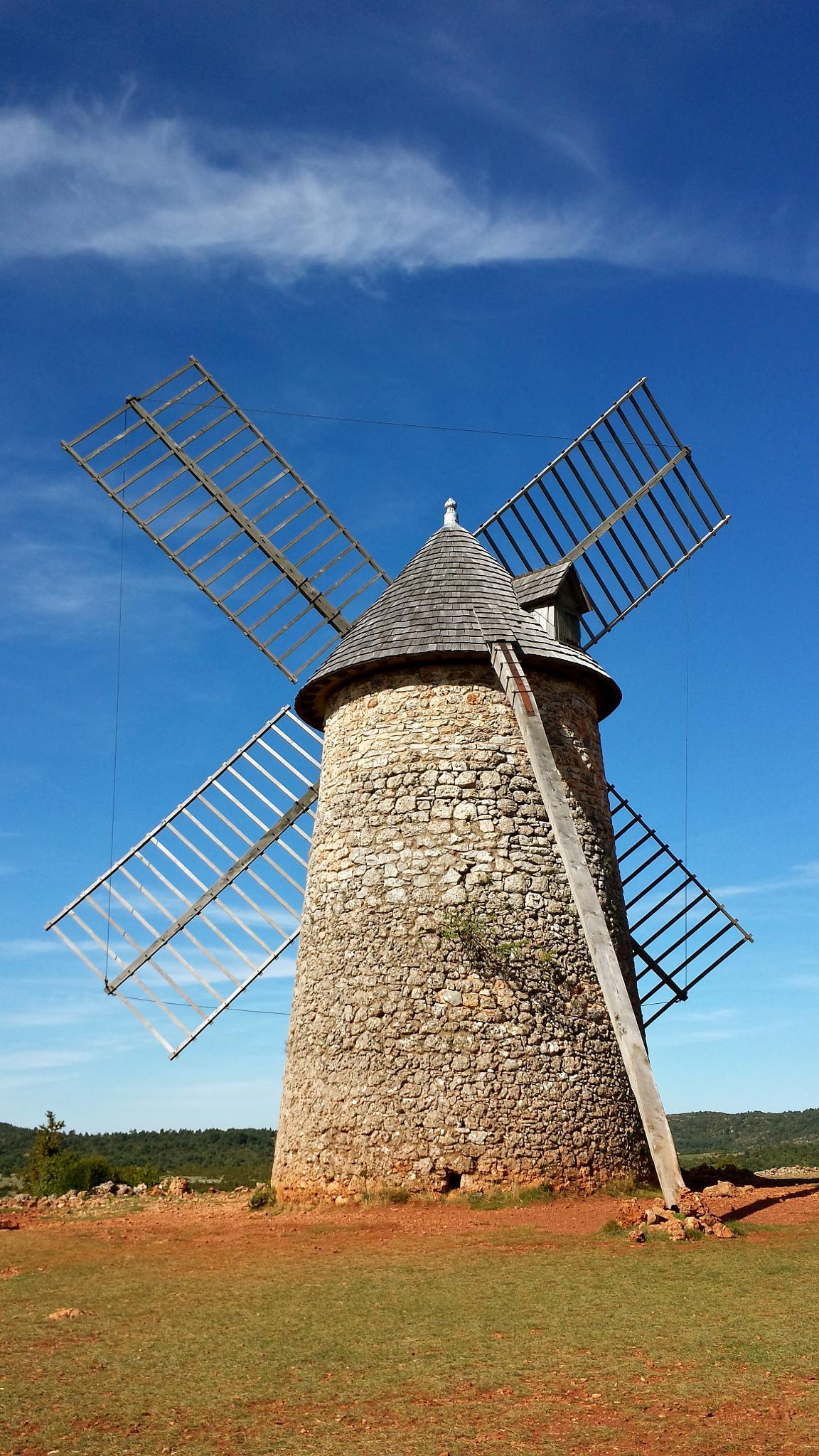 Le moulin du Larzac by tanka nat