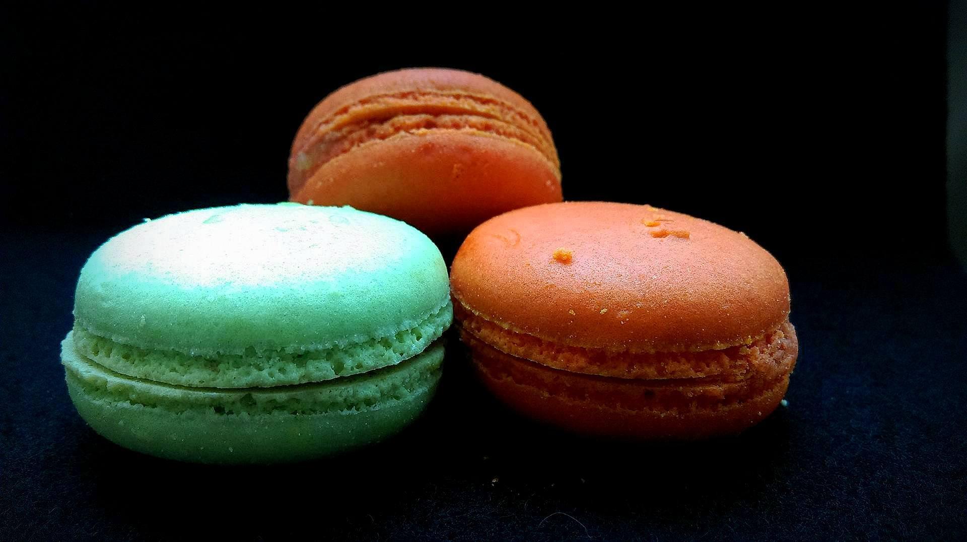 Sweet macarons by Monika Oko
