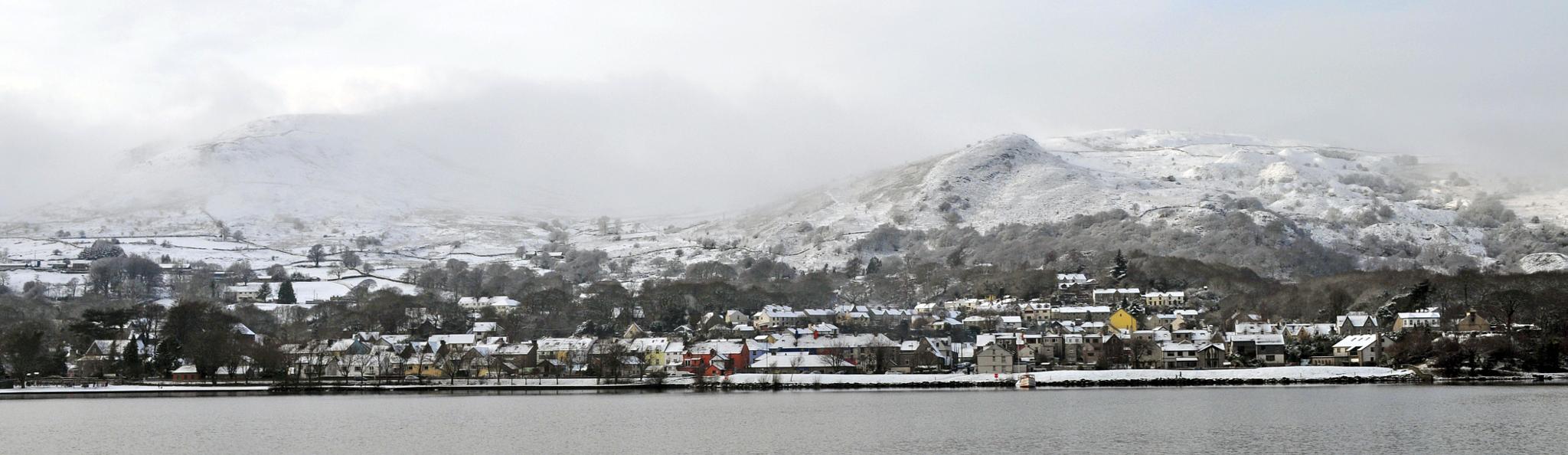 Llanberis in snow. by hefin.owen