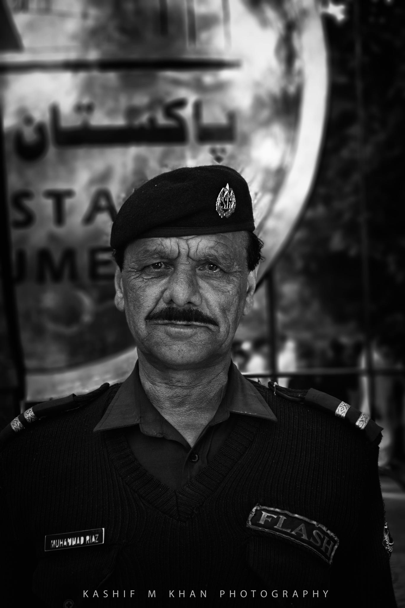 Security Guard of Monument  by Kashif Mahmood