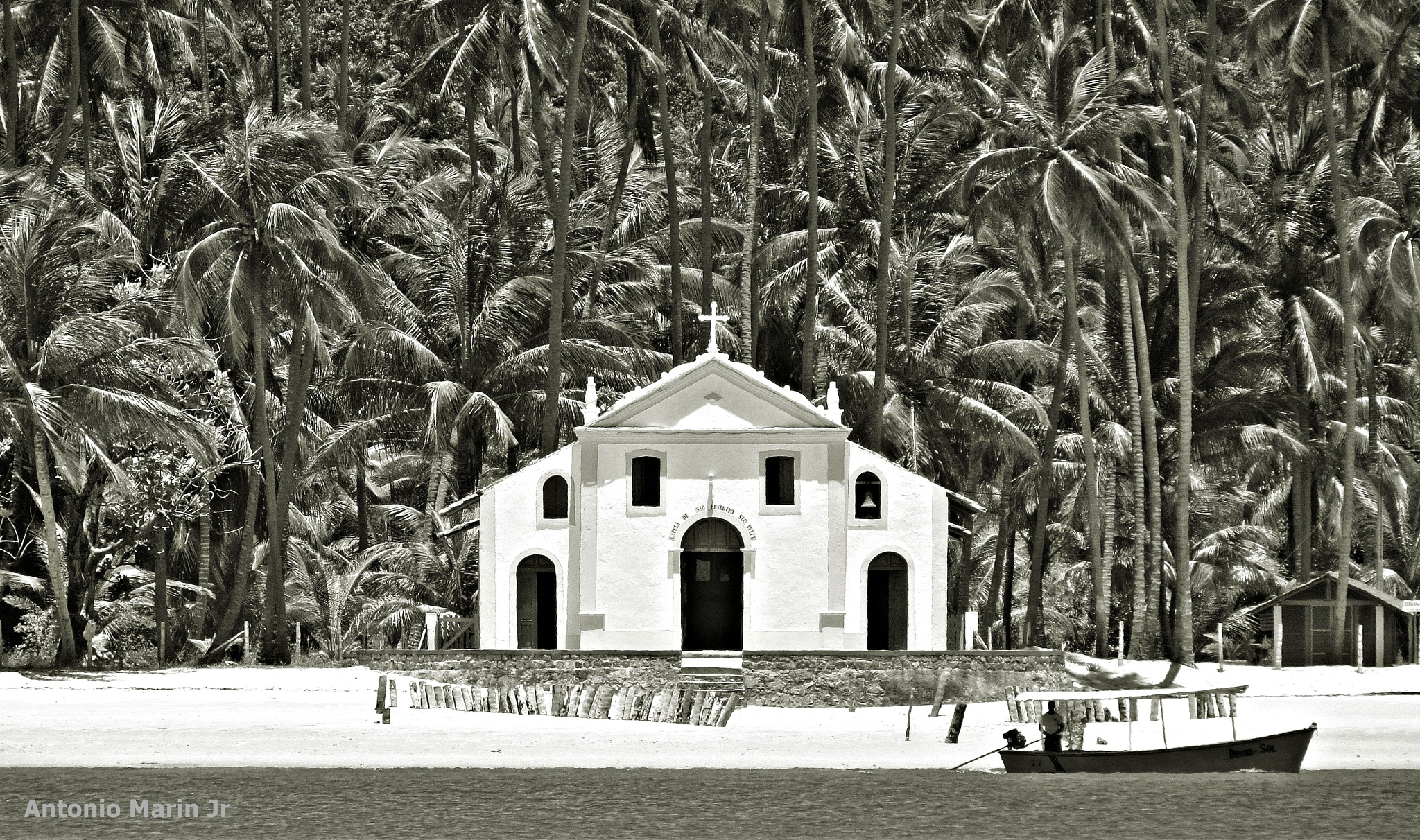 Capela by Antonio Marin Jr