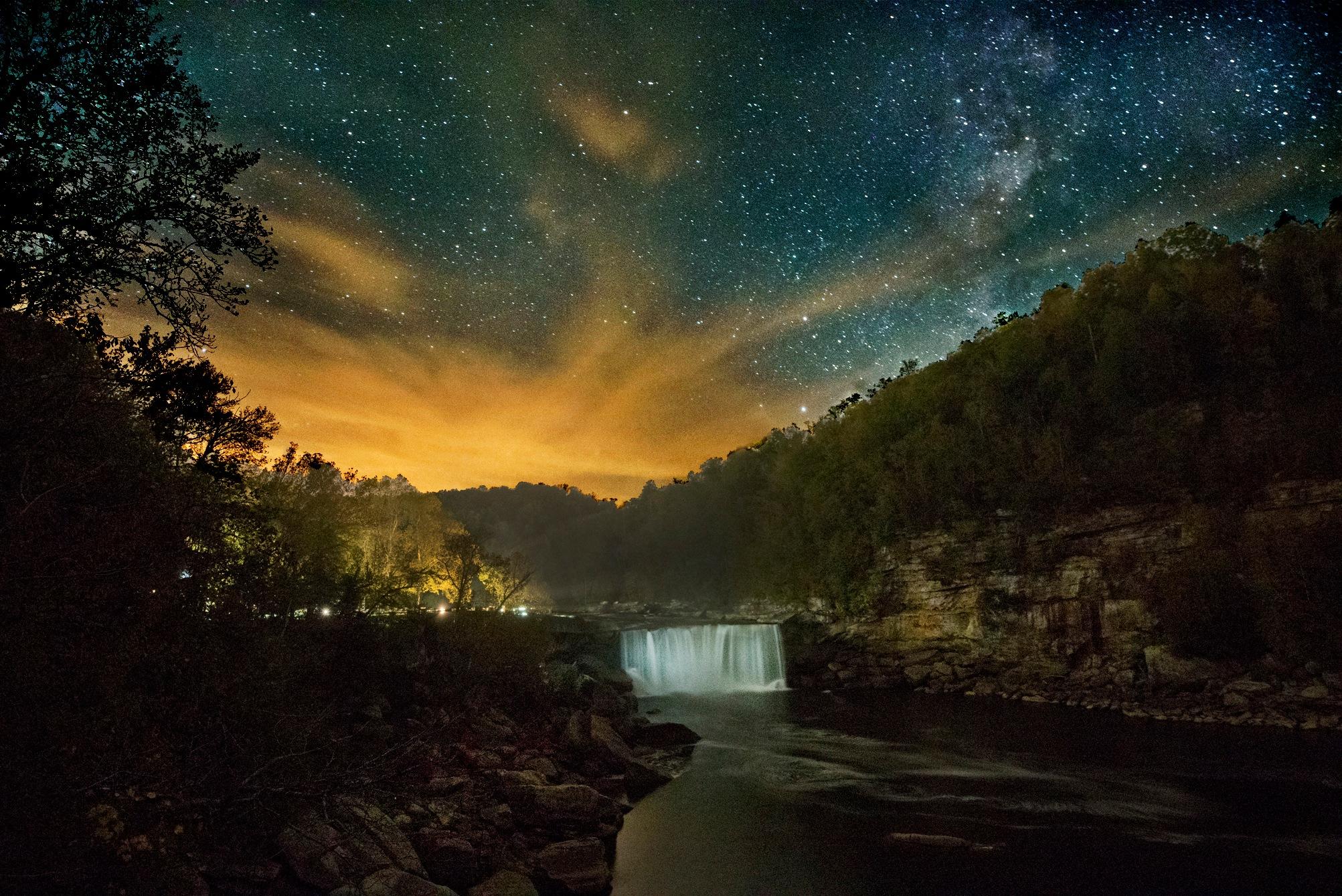 Cumberland Falls  by Pazzophoto