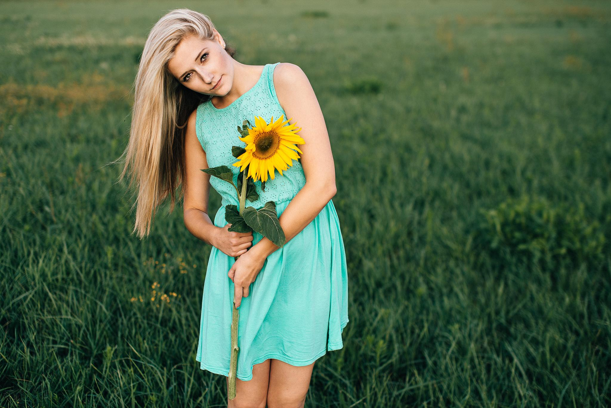 - Lara - I love sunflowers by stevenritzer