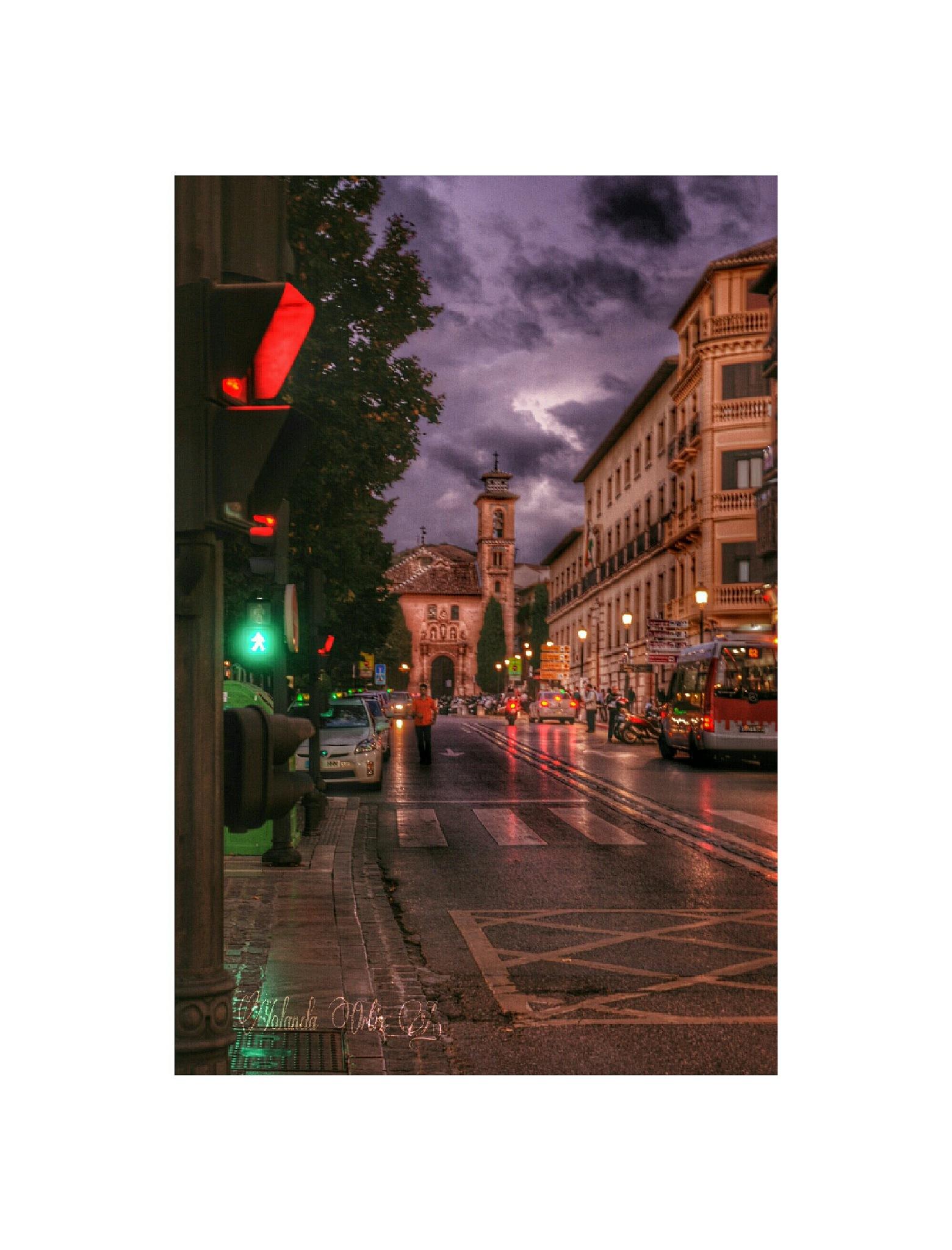 Luces en la ciudad by Yolanda Ortiz Atienza