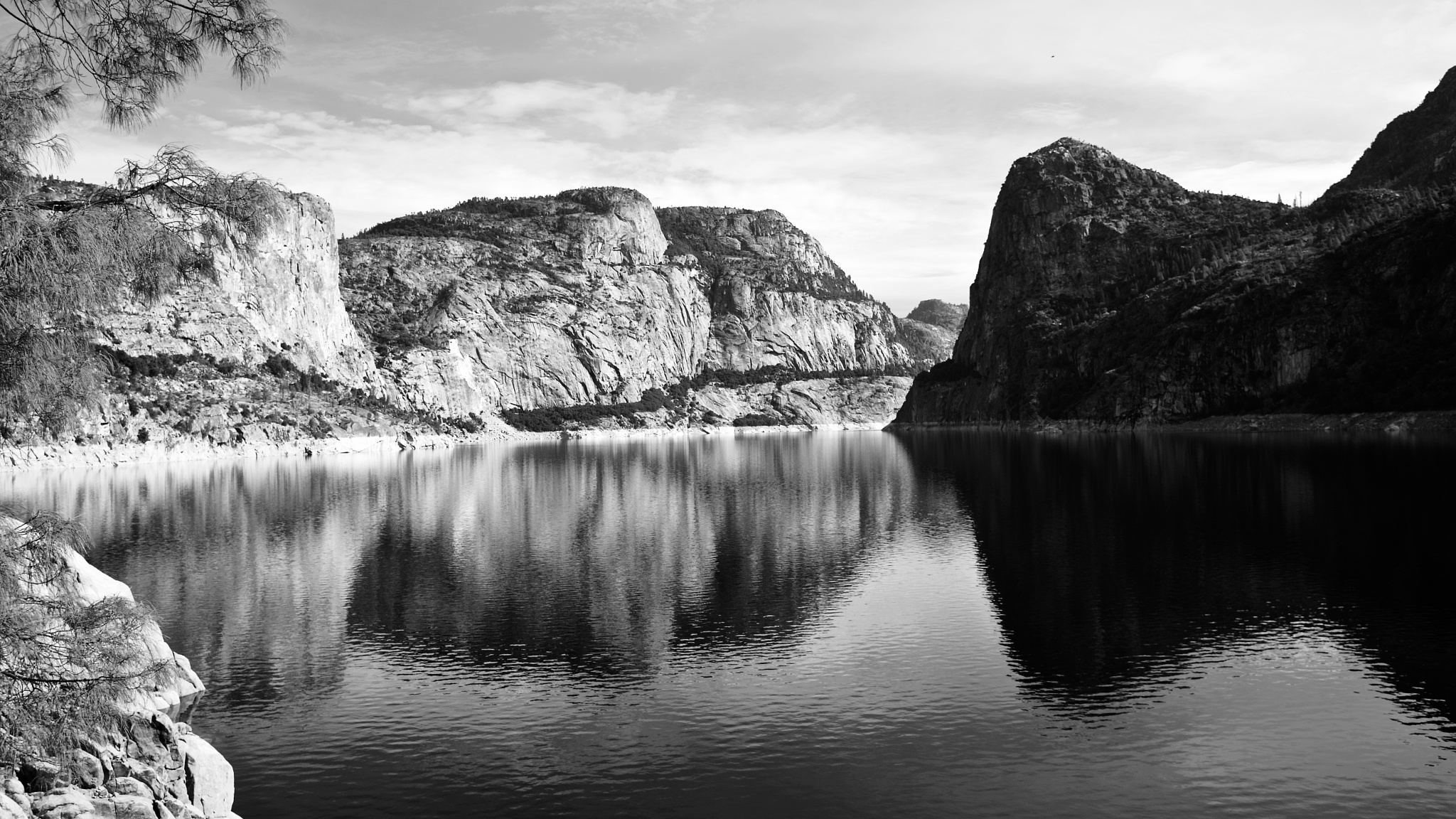Hatch Hatchey Reservoir in Yosemite by belinda.phillips.90
