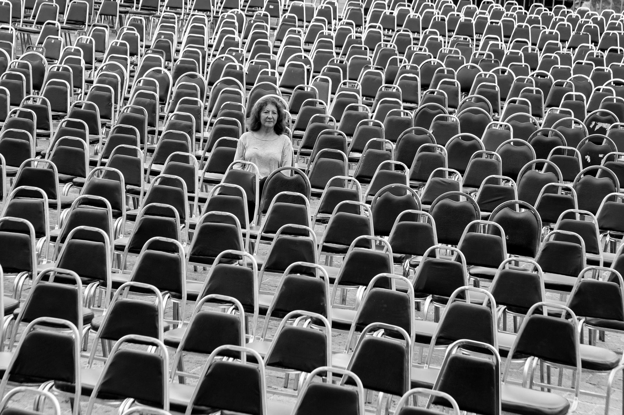 las sillas by rafael.ornelaseibanez