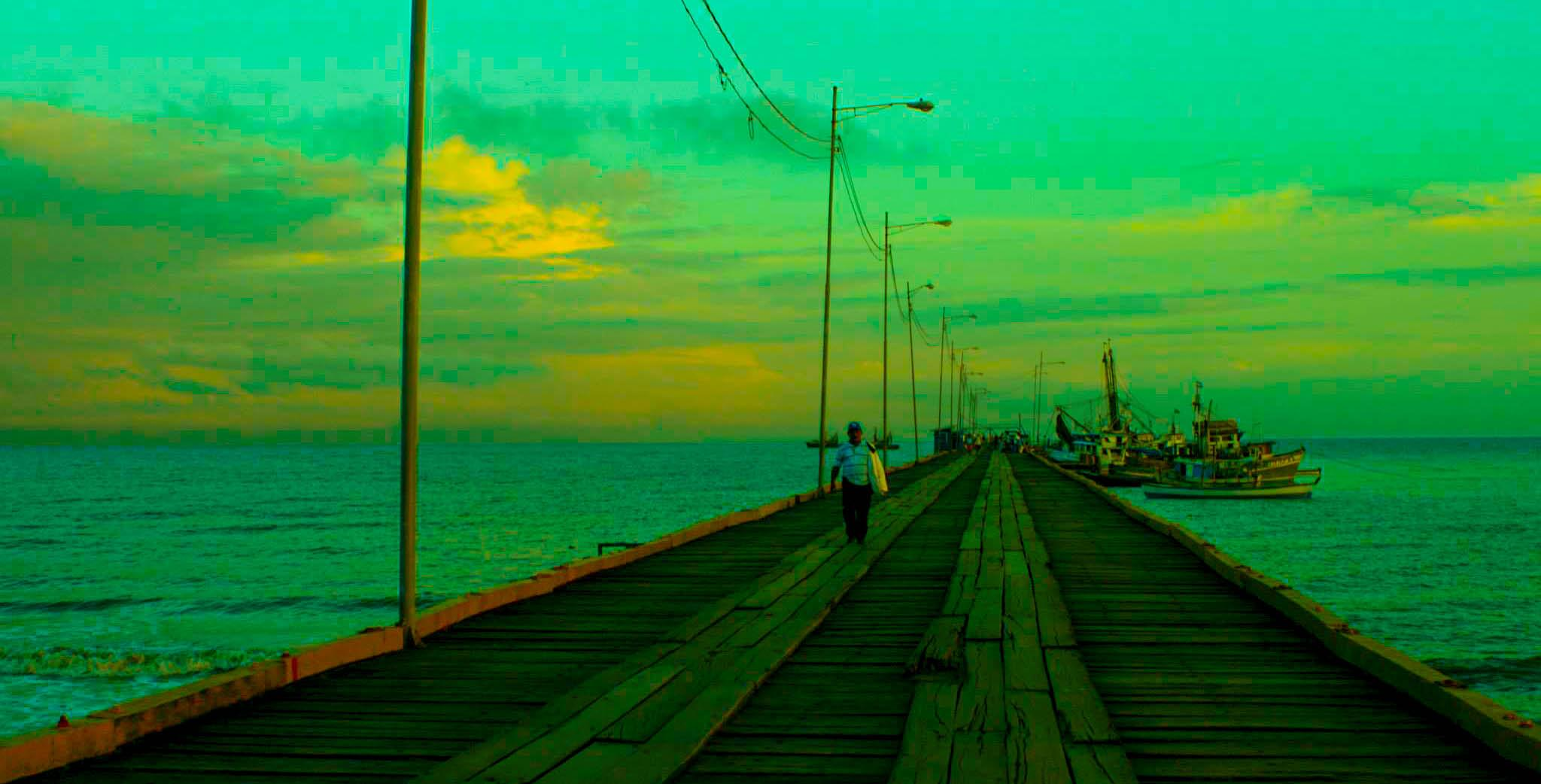 El Muelle by nickquirozvillavicencio