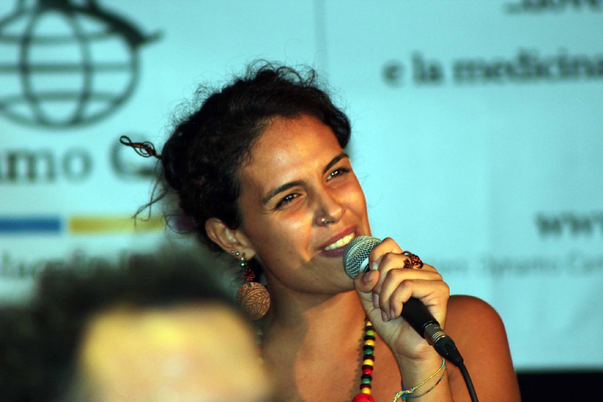 Smiling Jana by mario.carone