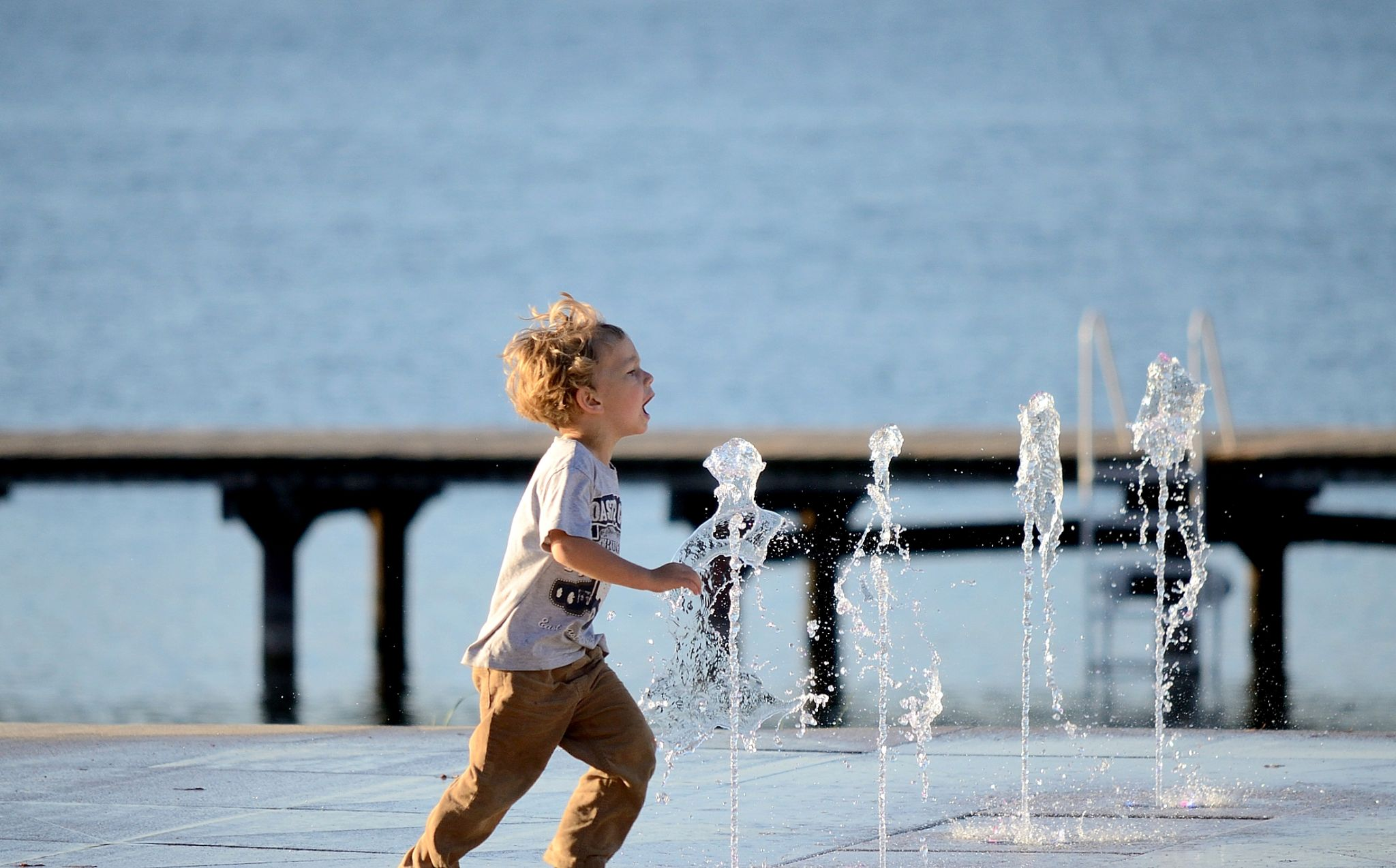 A fountain by habibi27