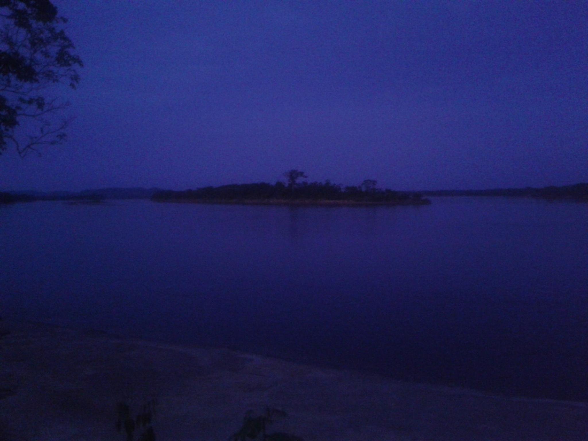 Breaking dawn at Orinoco River by FRANTREM