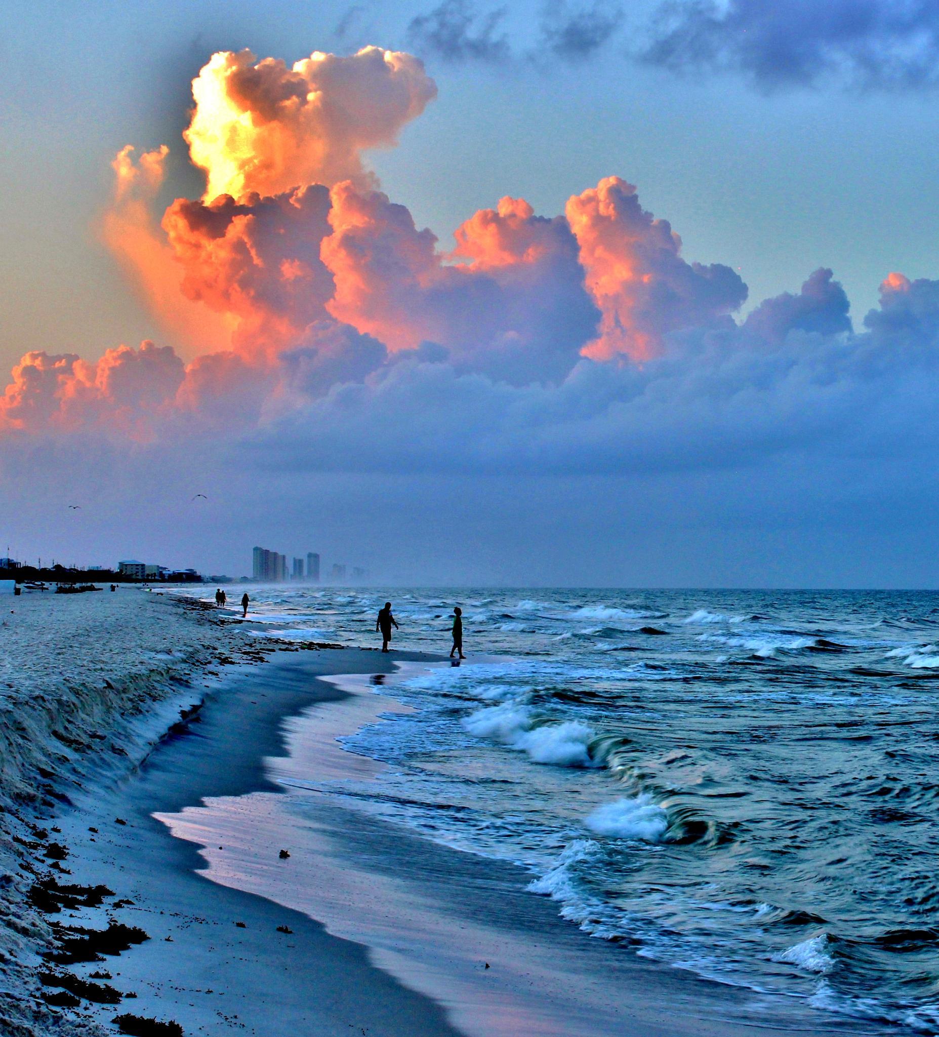 Sunrise on Thunderheads by garylatone