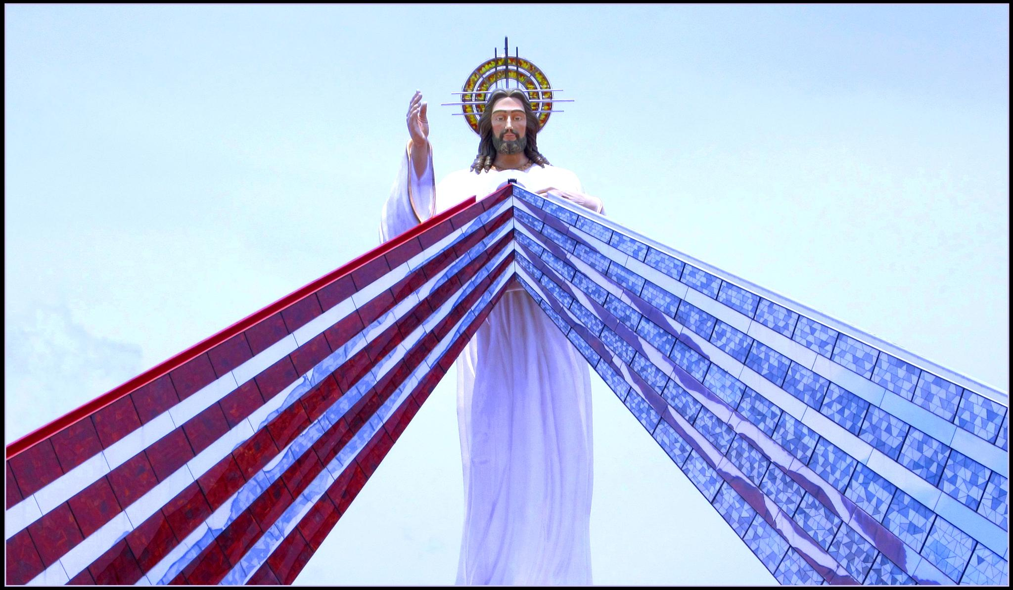 Religious Statue, Christ of the divine mercy  by Philippines the beautiful