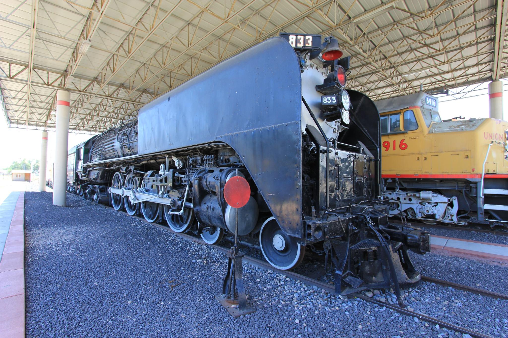 Union Pacific 833 by richard.klaus.900