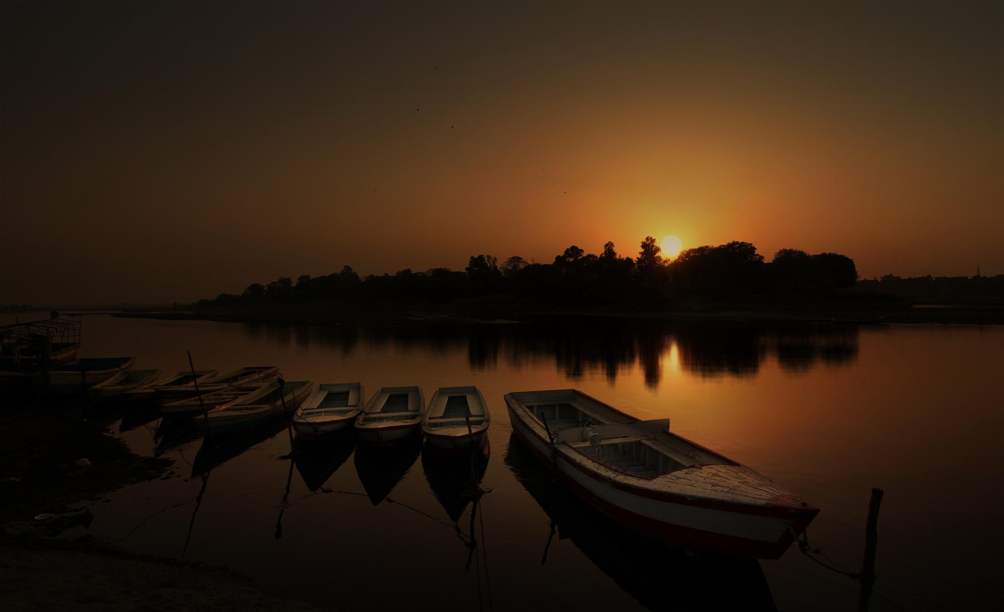 Sunset at Ravi by NavidQureshi