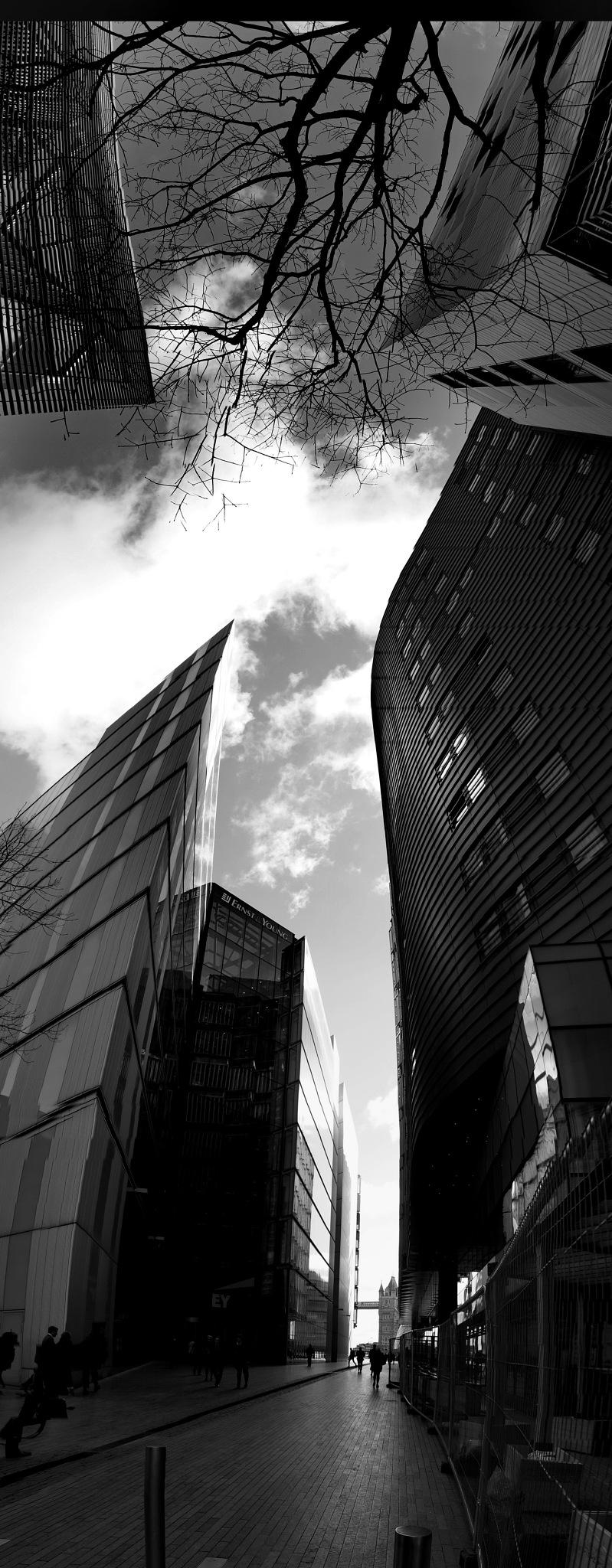 London south bank by NavidQureshi