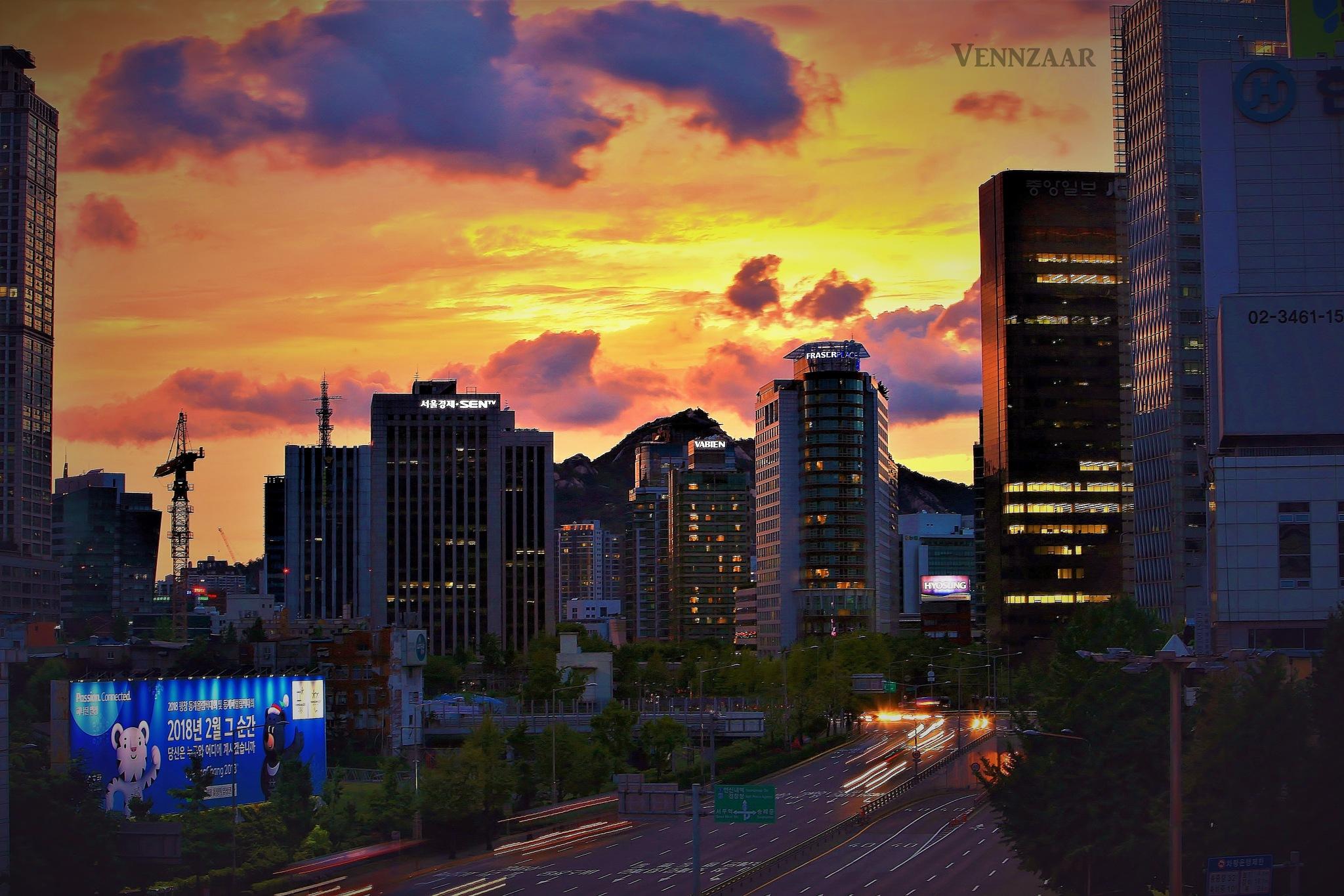 SEOUL CITY by vennzaar
