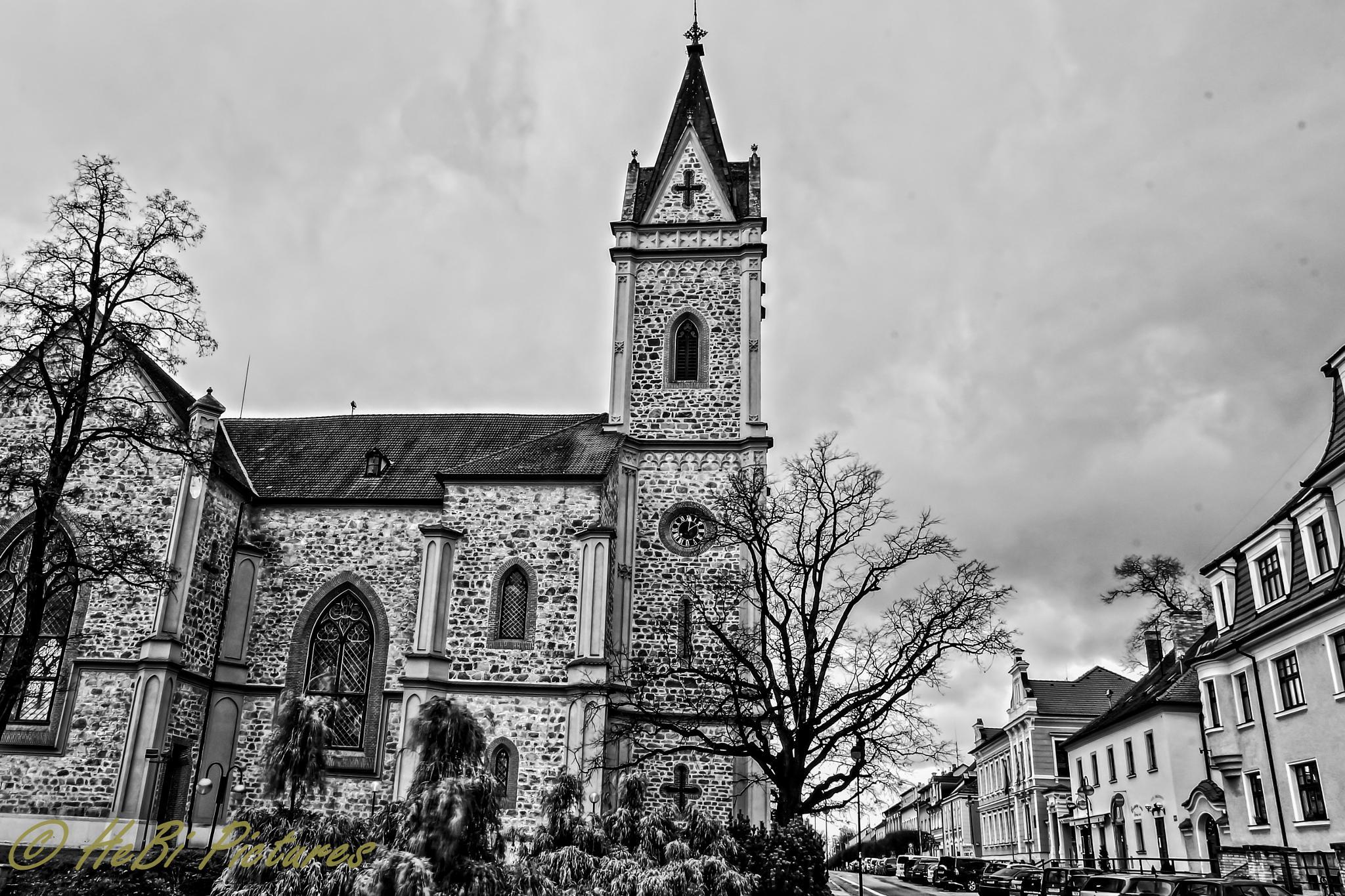 Kirche in Hluboká nad Vltavou by Hesse Photography