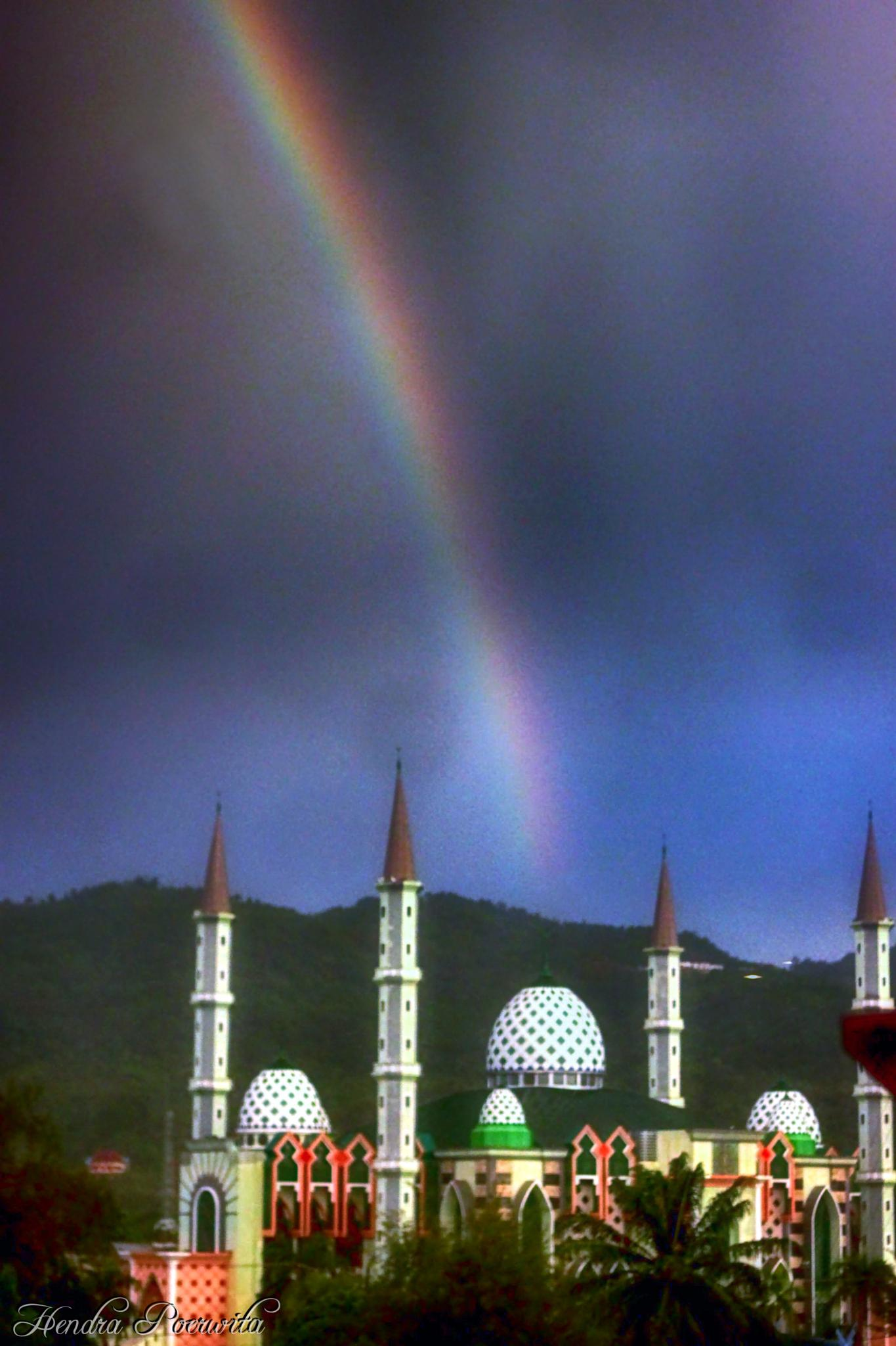 RAINBOW OVER THE MOSQUE by hendra.poerwita