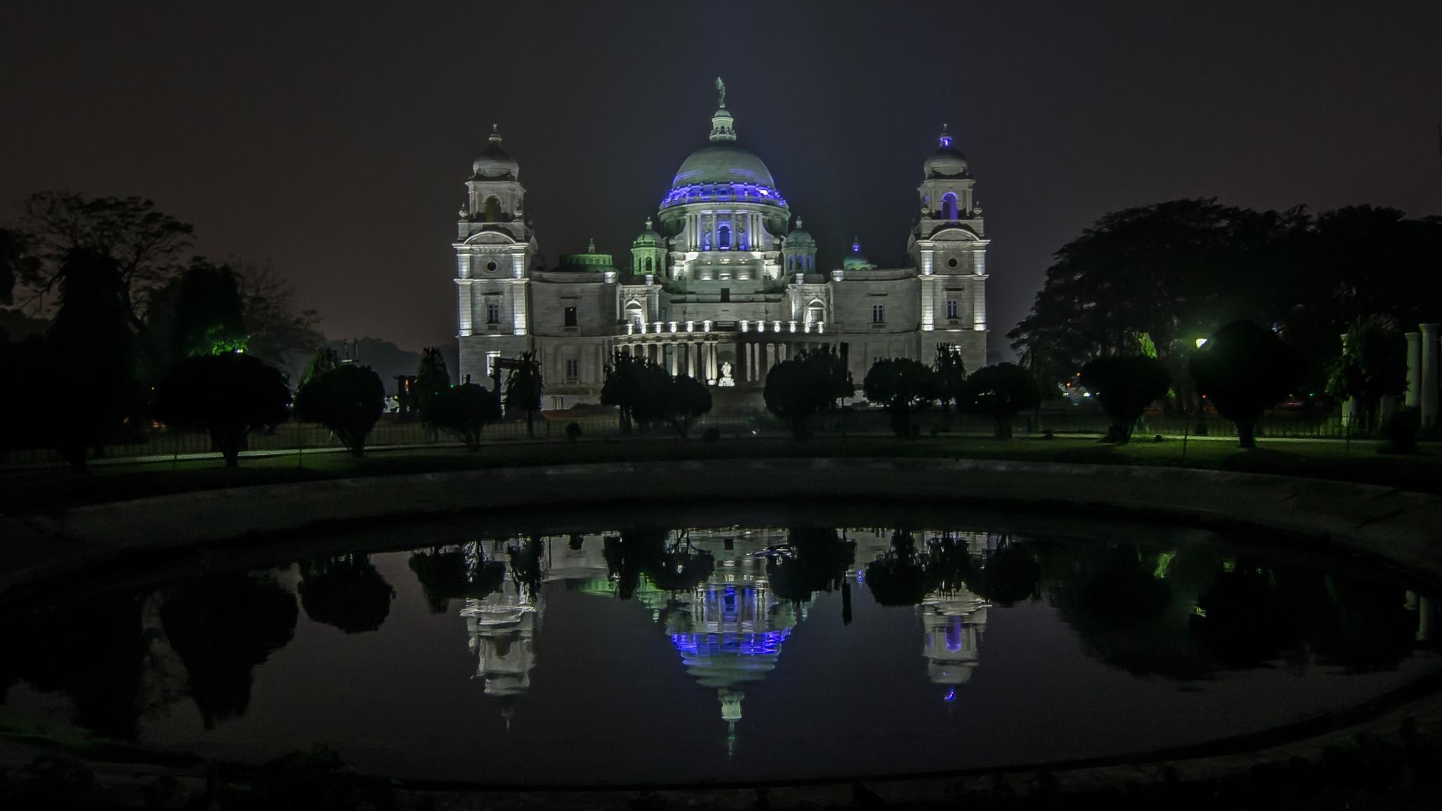 The Victoria Memorial Hall, Kolkata by adhikaryprabir12