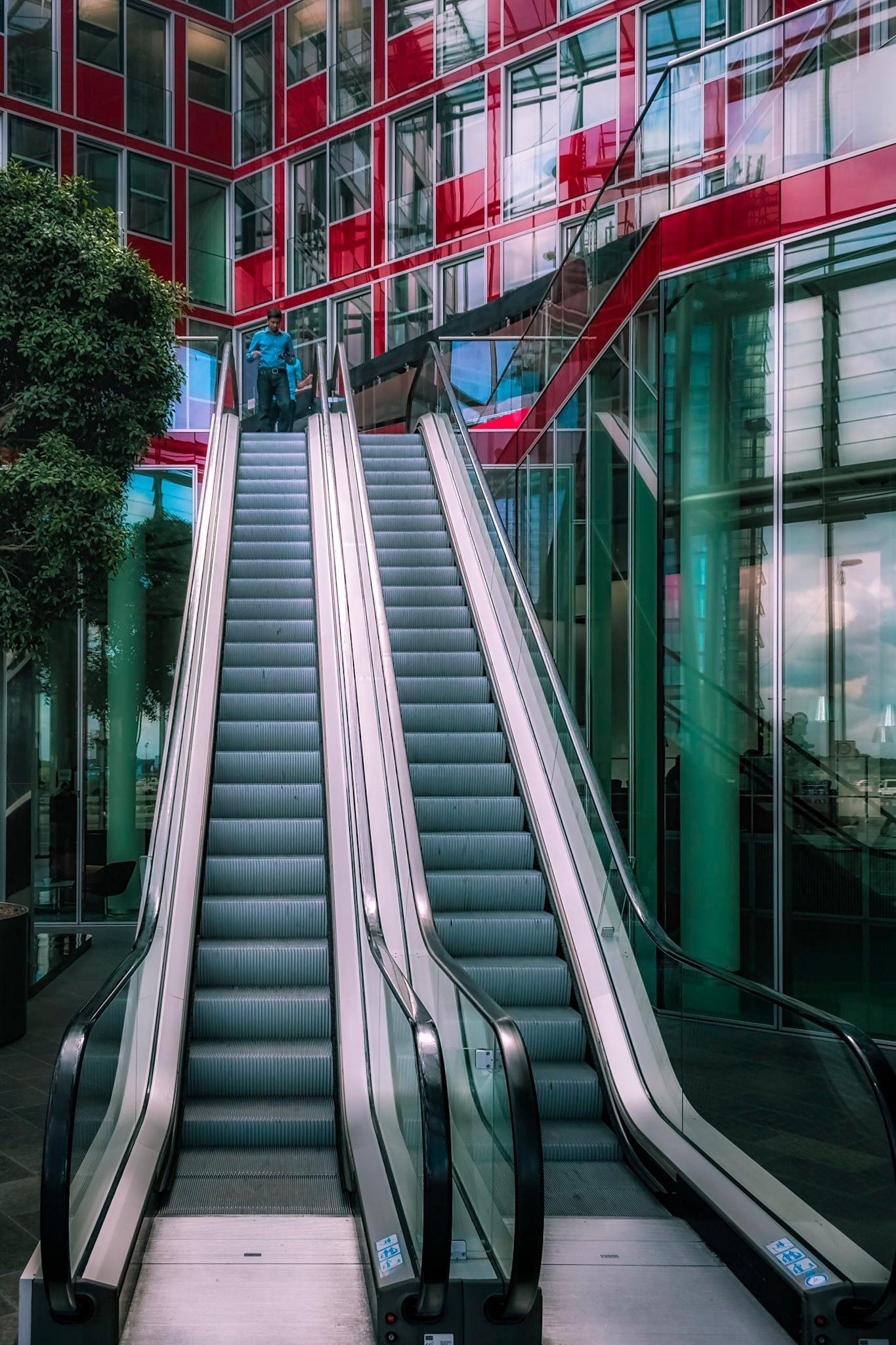 Escalator  by Rob Menting