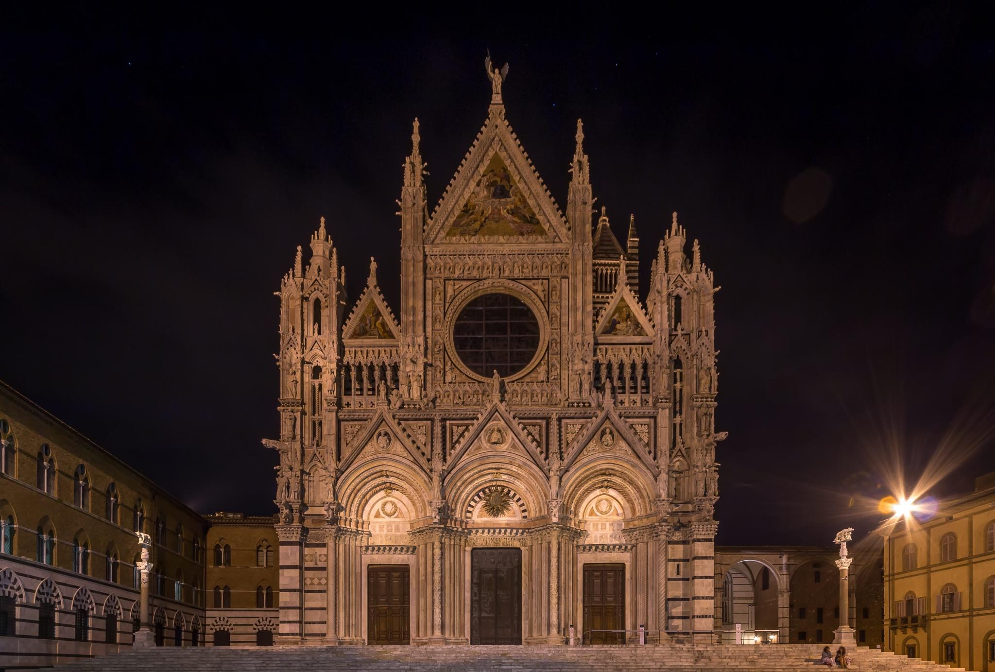 Il Duomo di notte  by Rob Menting