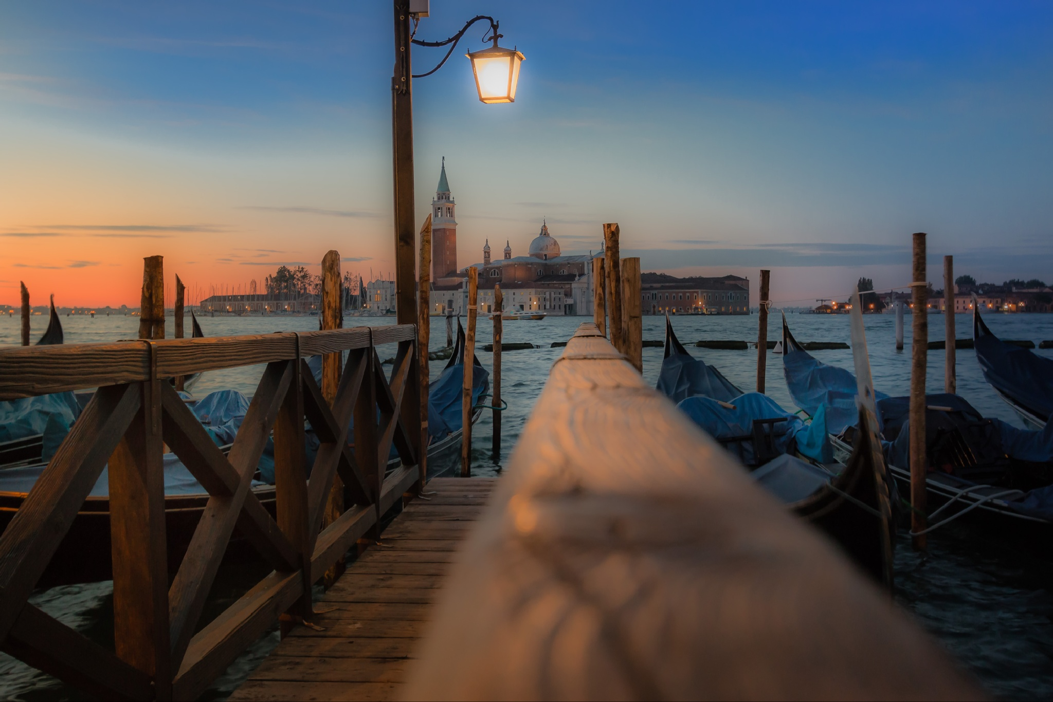Lantern in Venice by Rob Menting