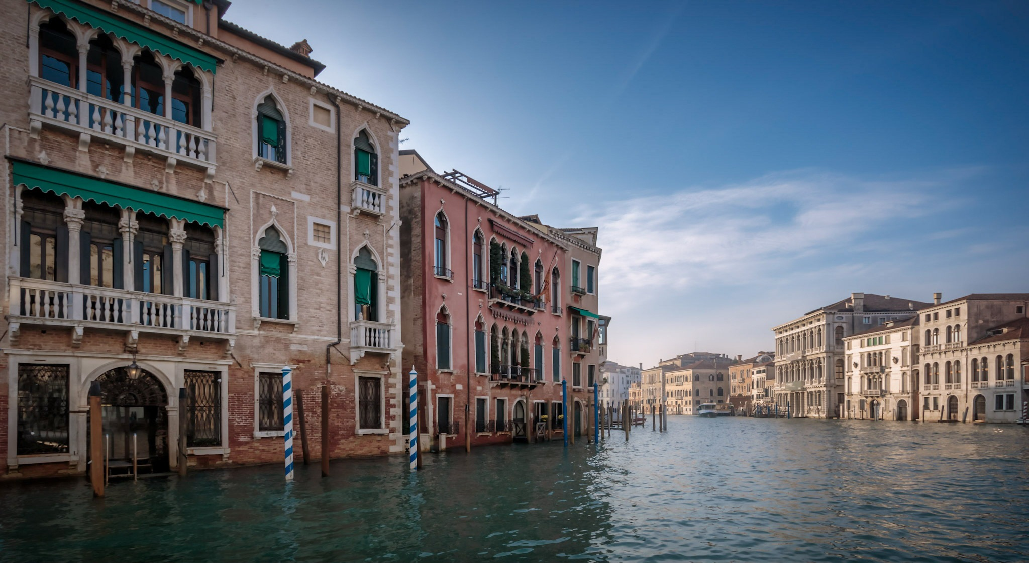 Canal grande  by Rob Menting