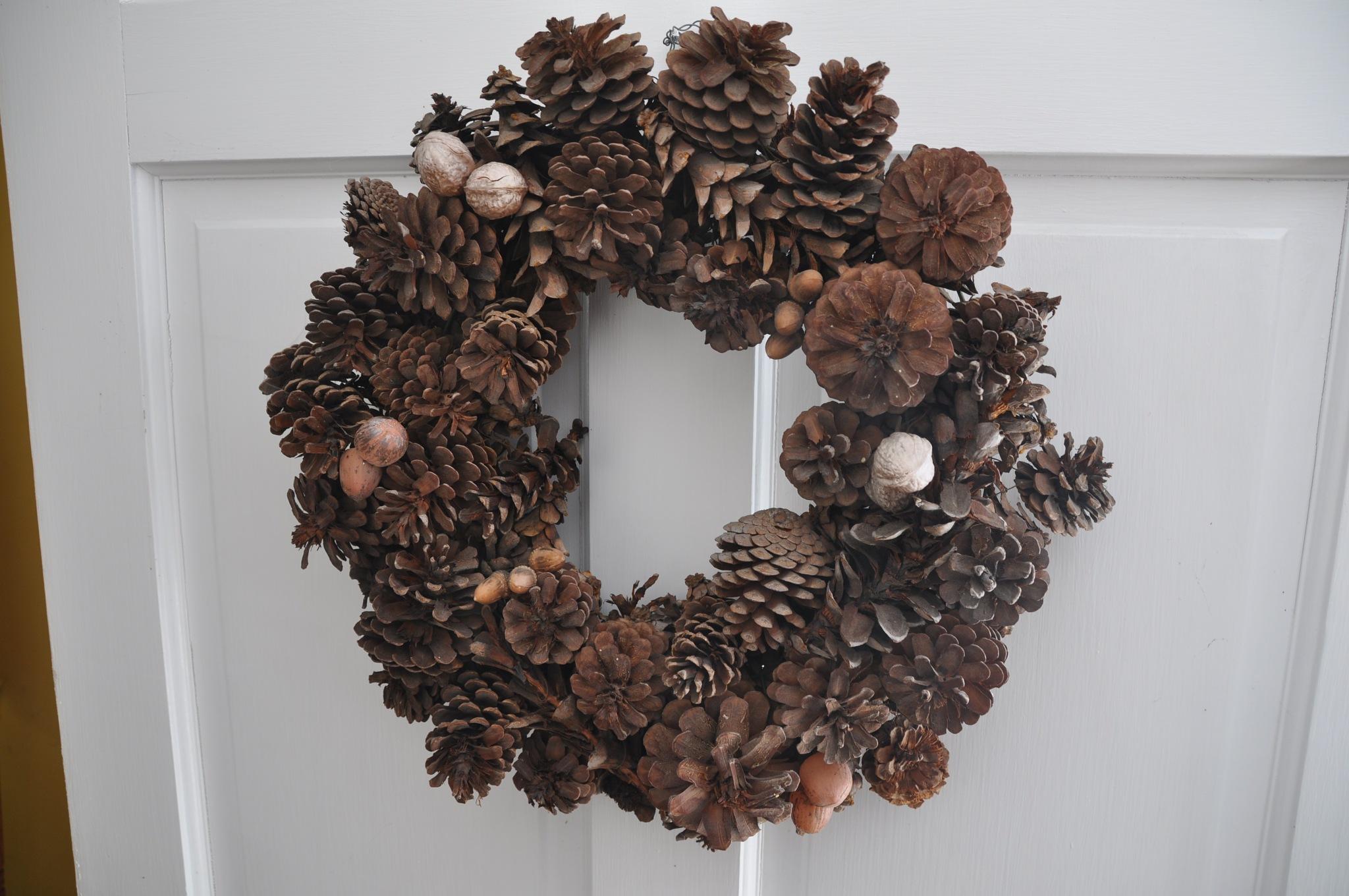 Dad's  Holiday  Wreath  ~ North Street ~  Walpole, MA ~   over   20 years  old  ~ Feb. 14, 2017 by domenic.silvi