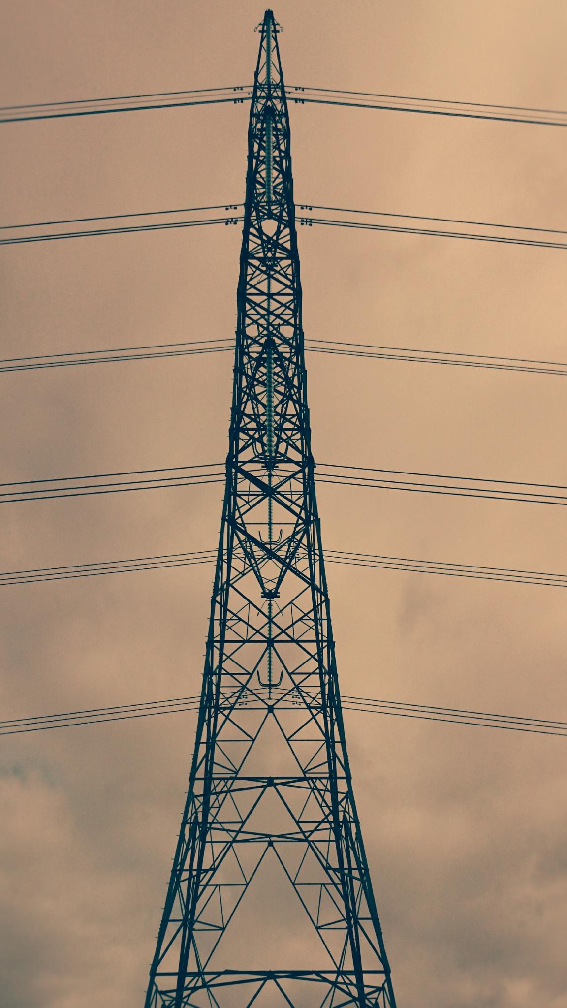 Pylon 2 by geoff richards