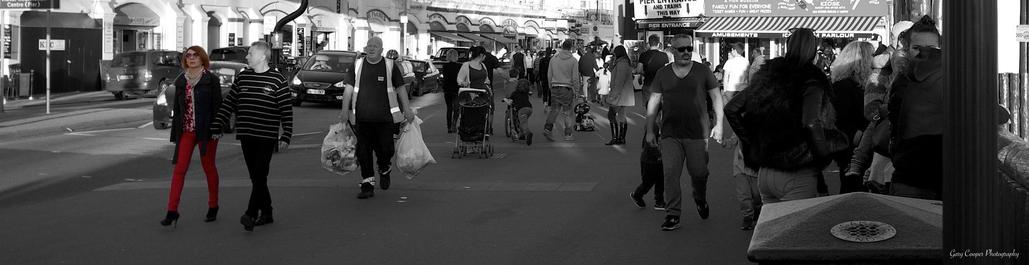 Summer Stroll by Gary Cooper