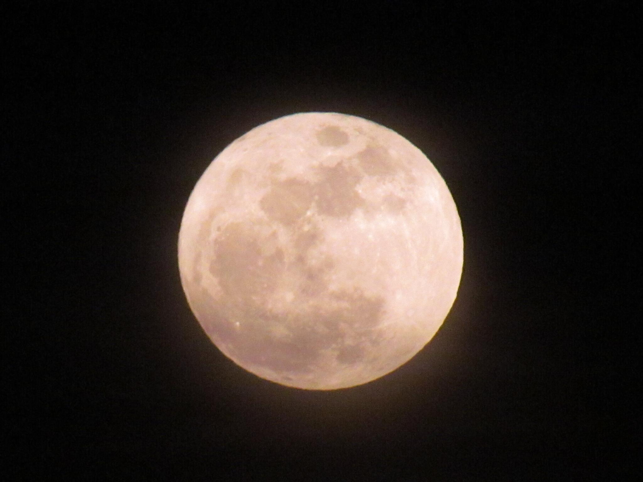 Tonight's Moon-3 by jaisikand