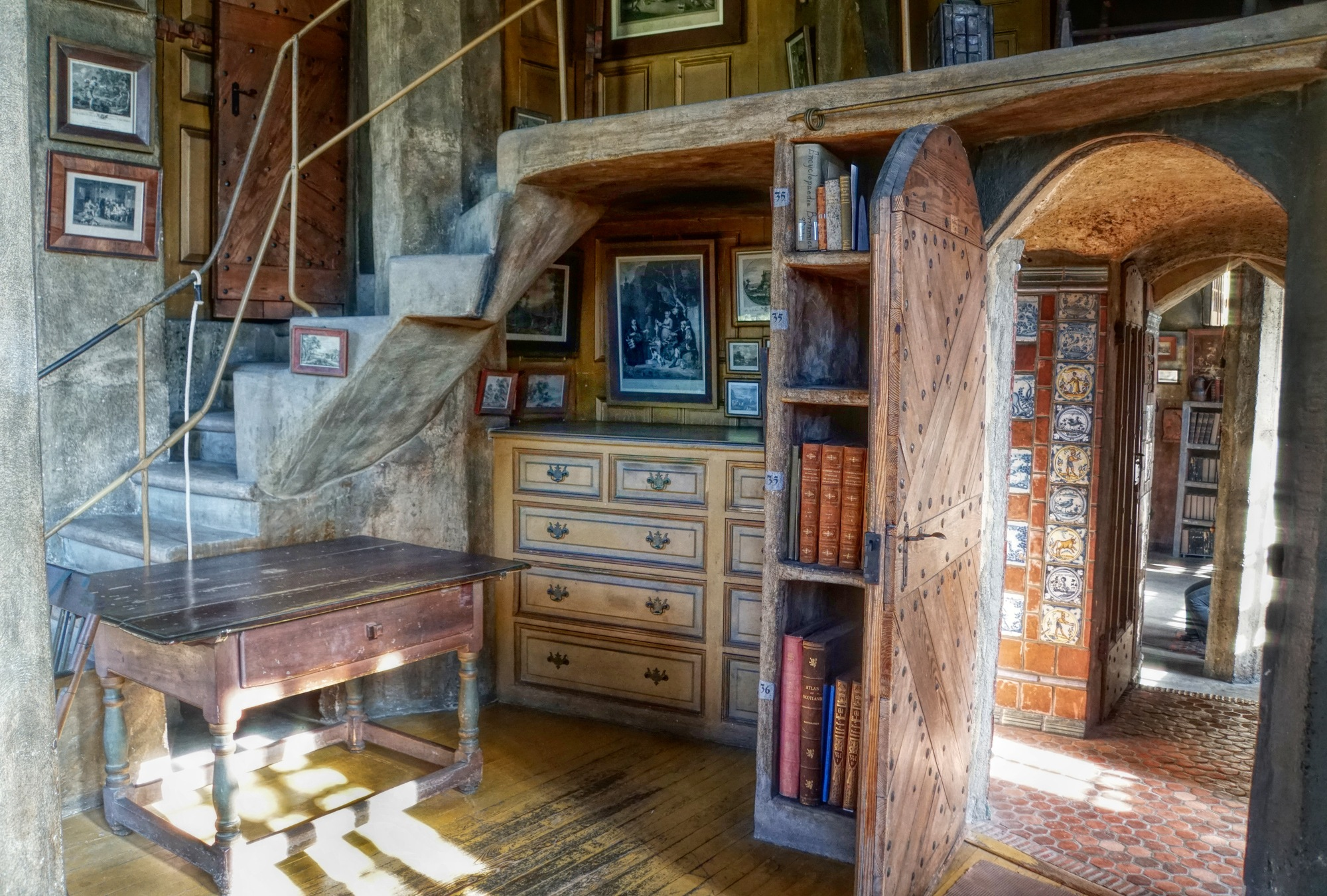 Fonthill Castle Interior 2 by mgeier