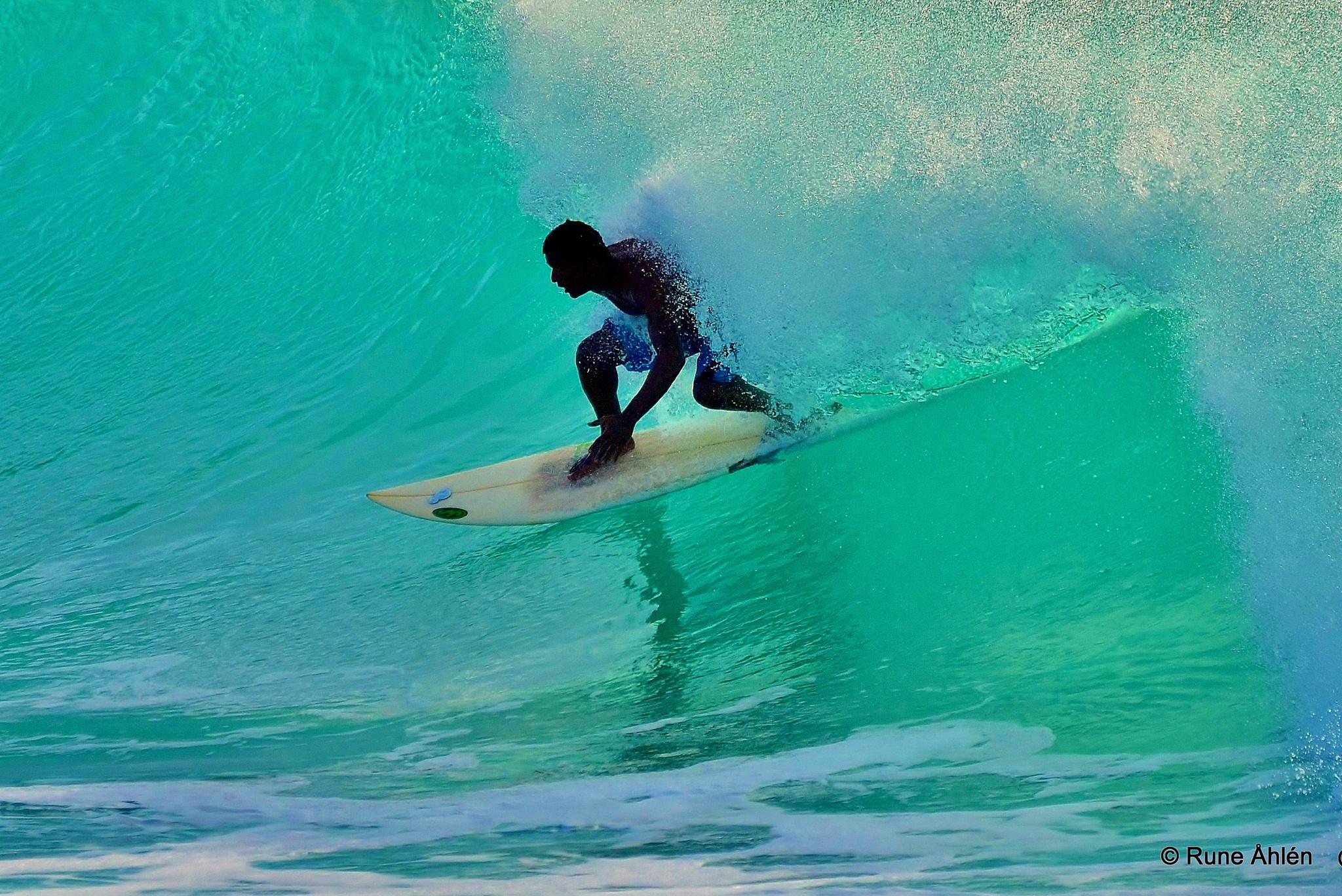Surfing by rune.ahlen.7