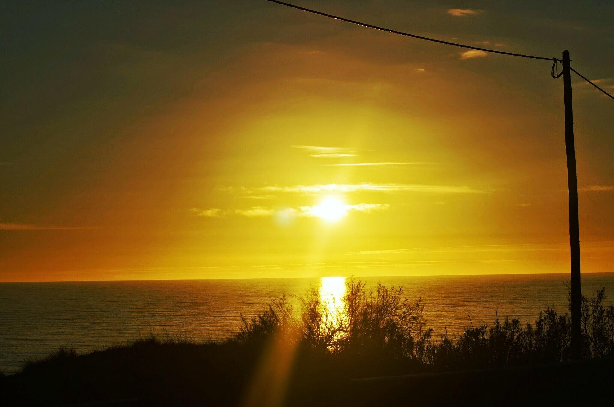 Sunset by joearldarby