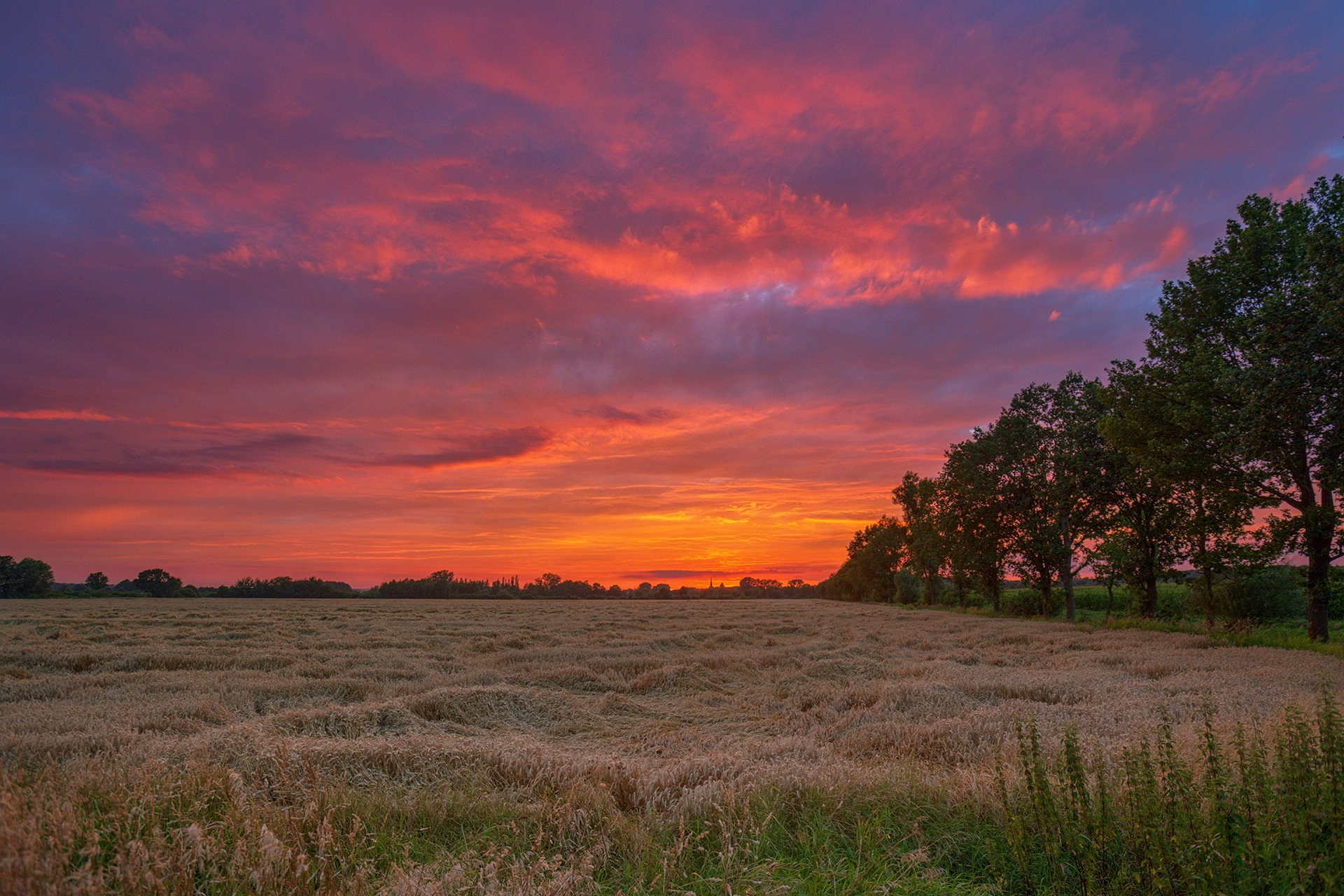 Every sunset is different! by Maik Richter Photography