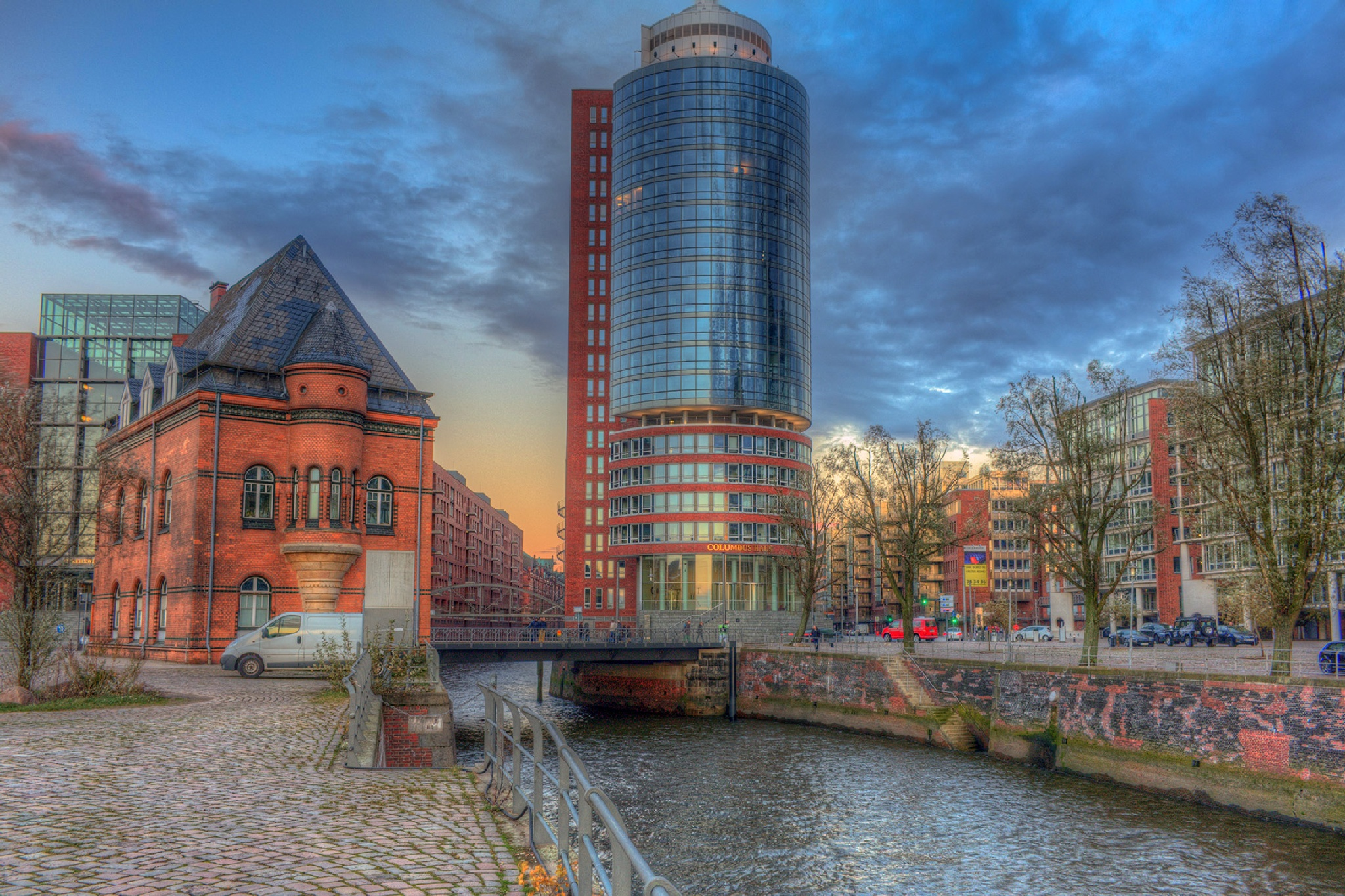 Old and new buildings in Hamburg by Maik Richter Photography