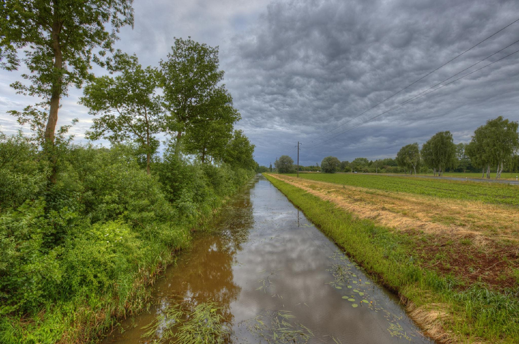 A cloudy summer day by Maik Richter Photography