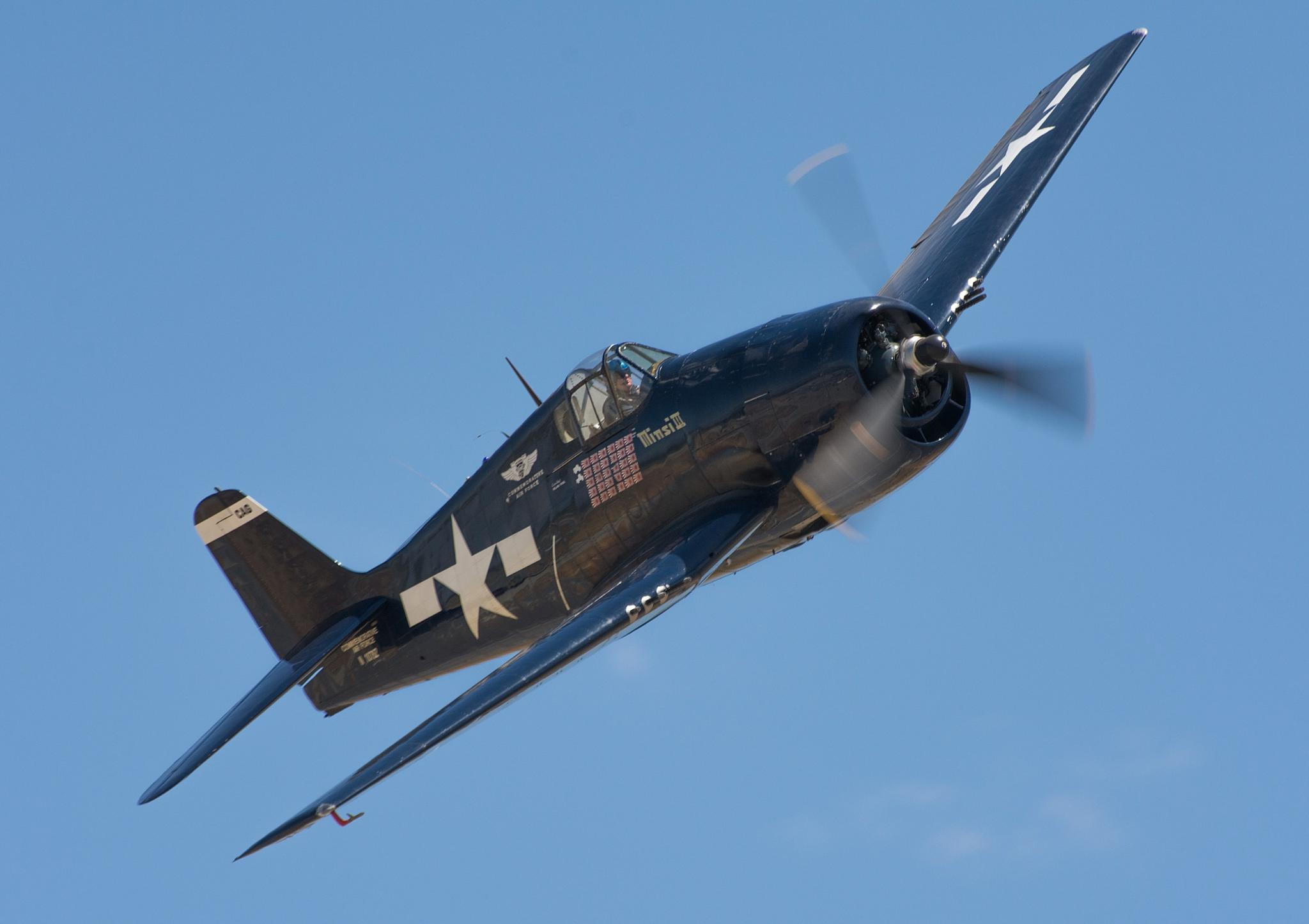 F6F Pass by WCGPhoto1